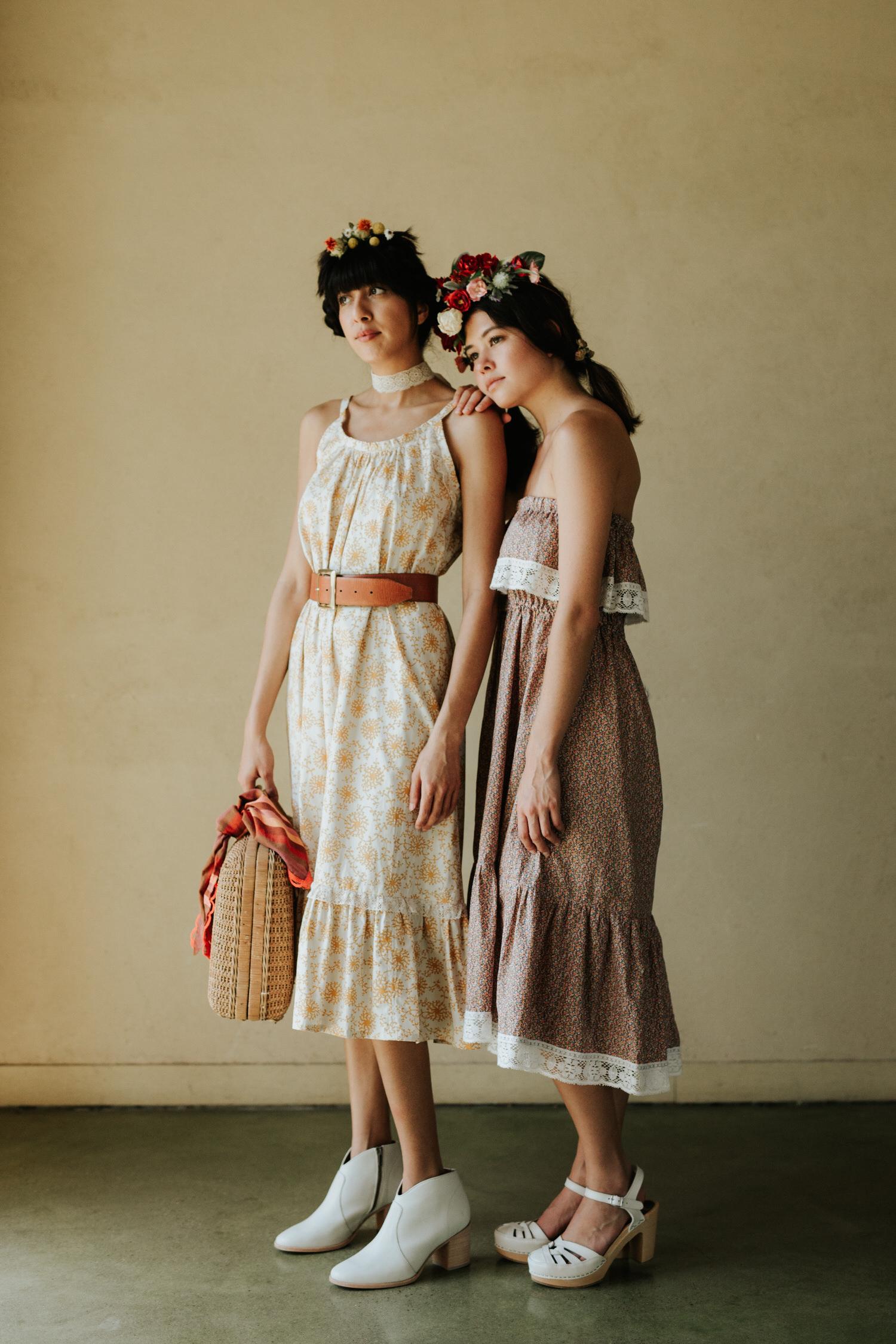 Women in Rat Des Champs vintage clothing