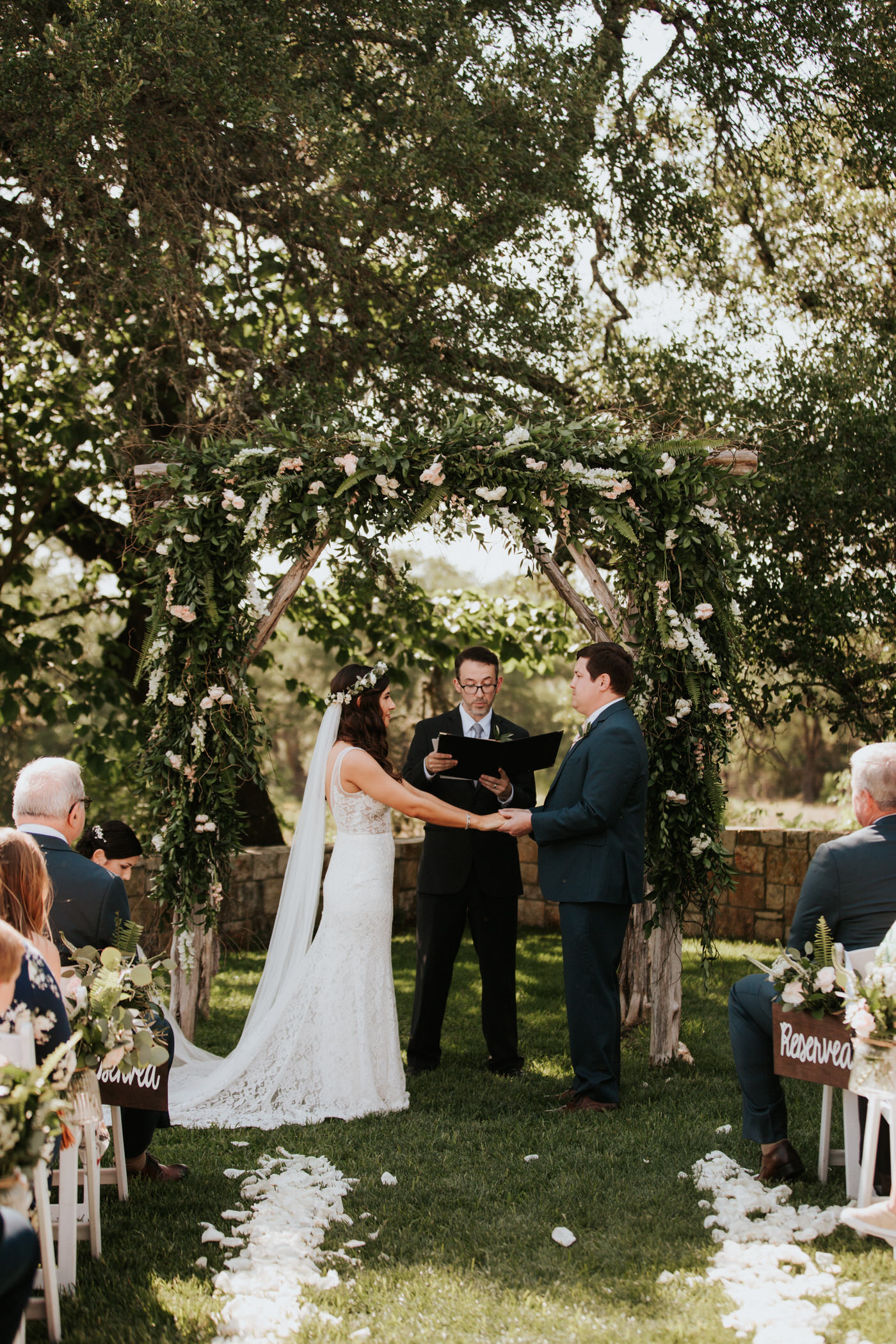 Couple getting married at Thurman's Mansion