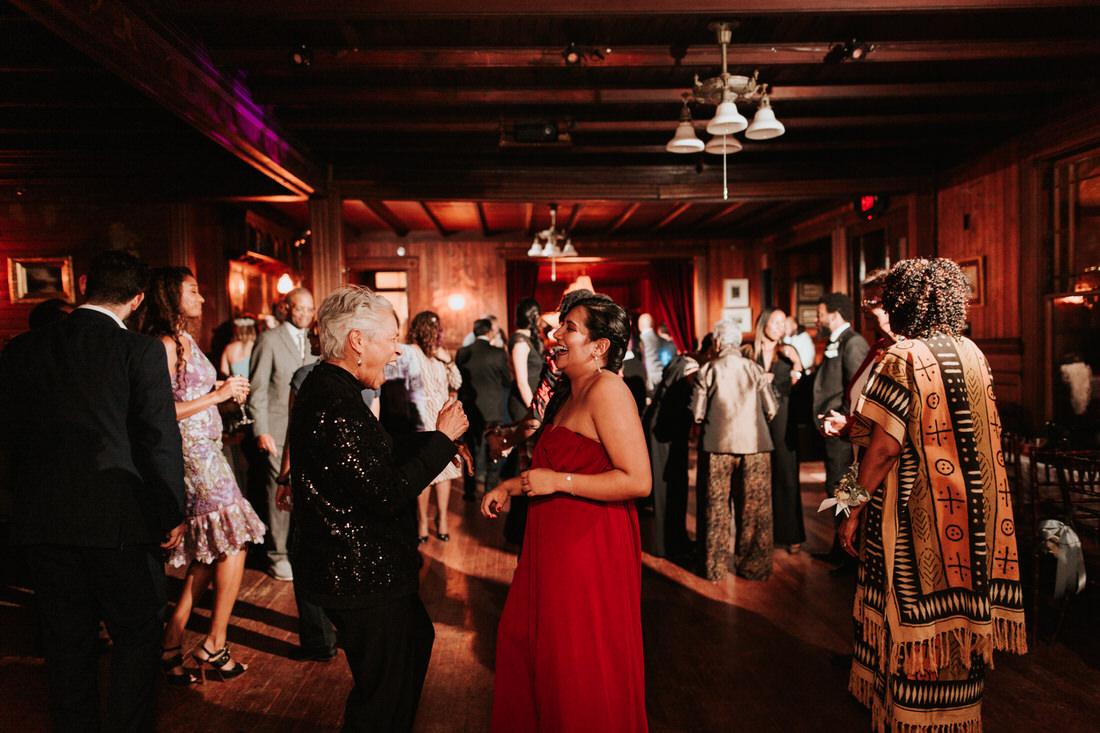 Upstate New York Catskills wedding reception photography