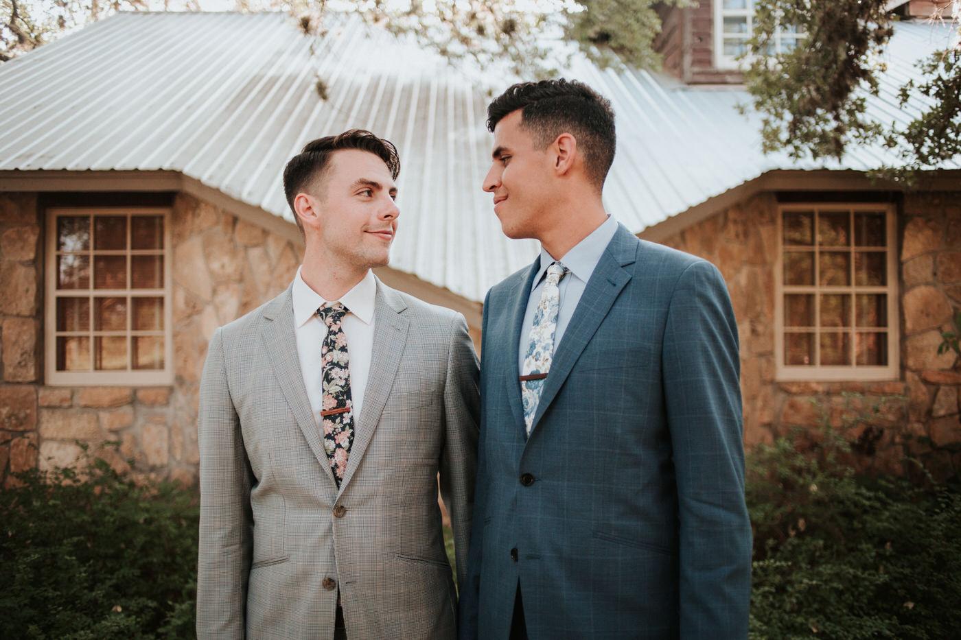 Riverhouse at Pedernales LGBTQ Wedding - Diana Ascarrunz Photography -924.jpg