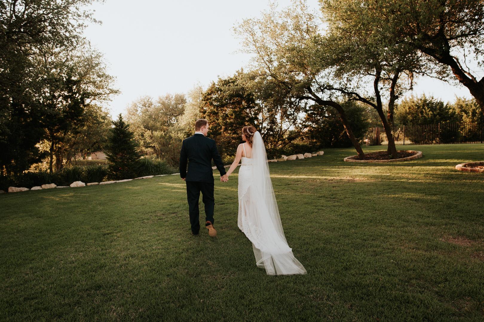 Lexi + Travis Wedding - Diana Ascarrunz Photography-503.jpg