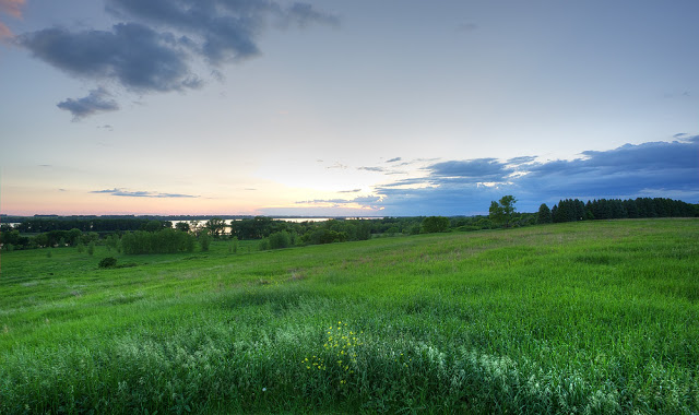Minnesota River Sunset - Lac Qui Parle State Park, MN    Canon 5D Mark iii + Canon 17-40L