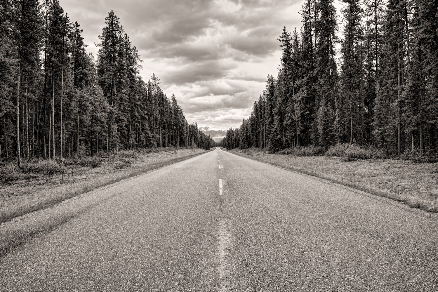 Quiet Stretch in the Canadian Rockies - Shot with a 18 Megapixel Camera and 24-105mm Lens