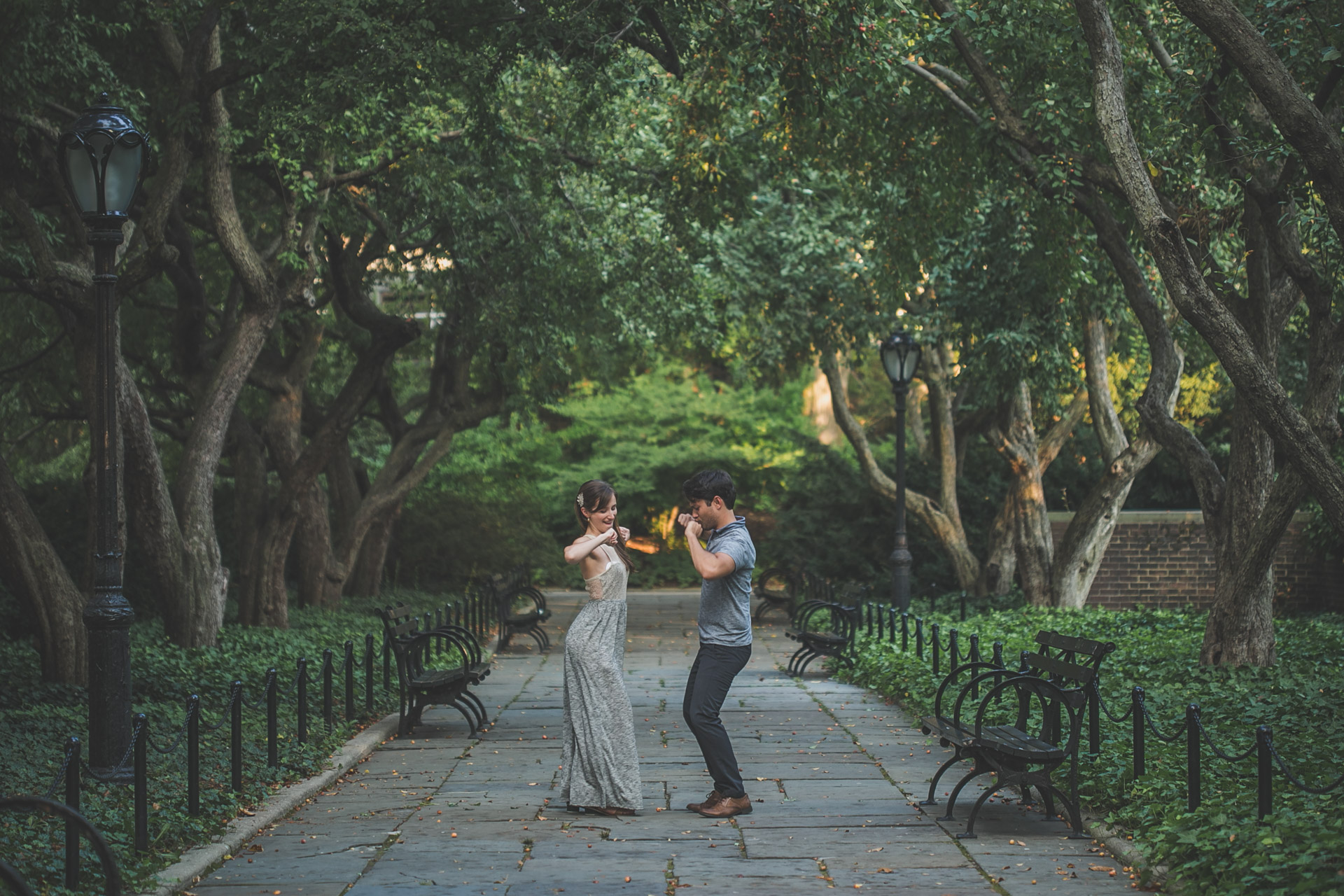 nyc - central park - engagement session - dancing