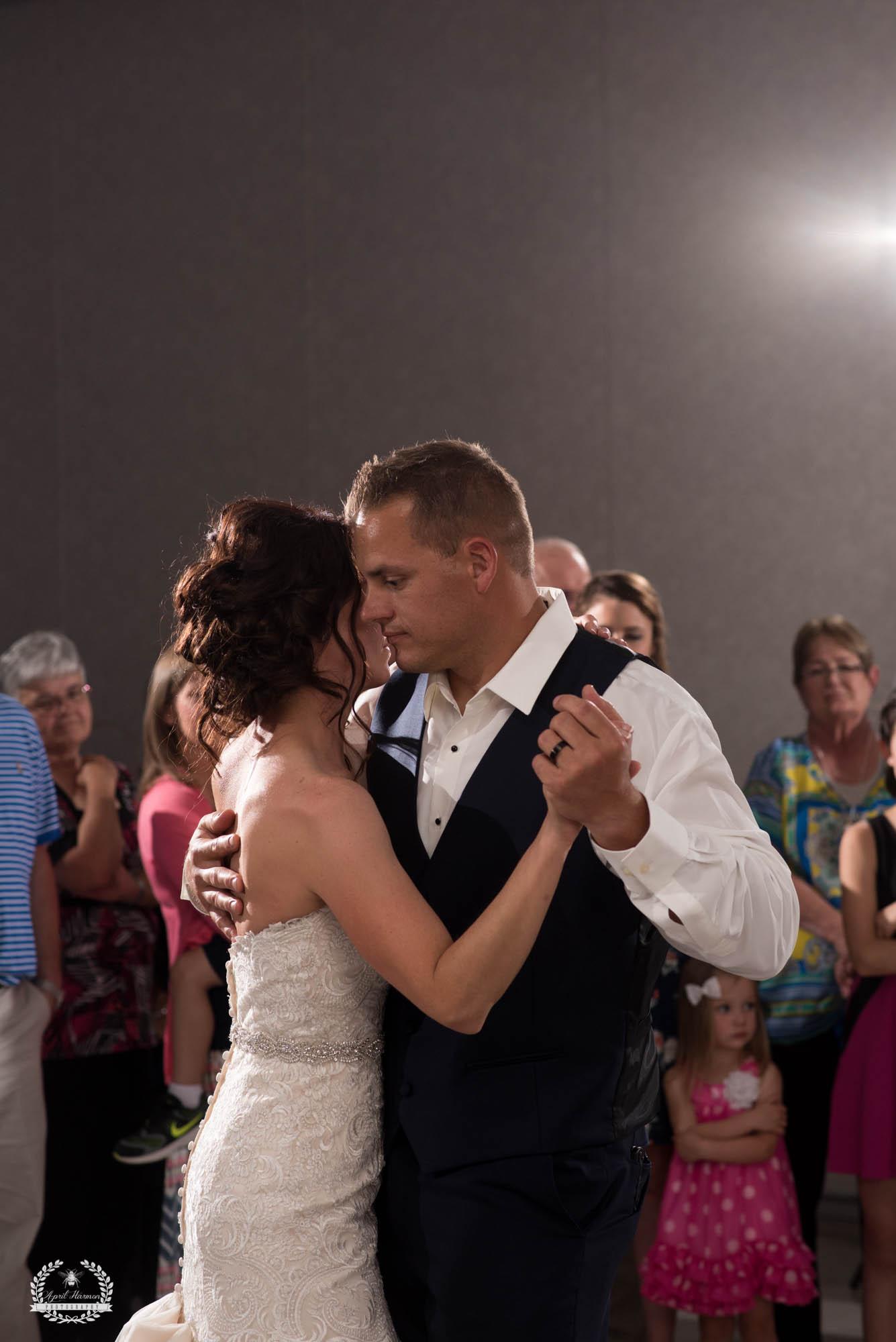 kansas-wedding-photographer32.jpg