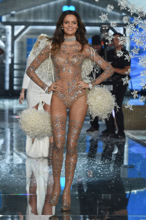 hbz-vs-runway-2015-gettyimages-496564392.jpg