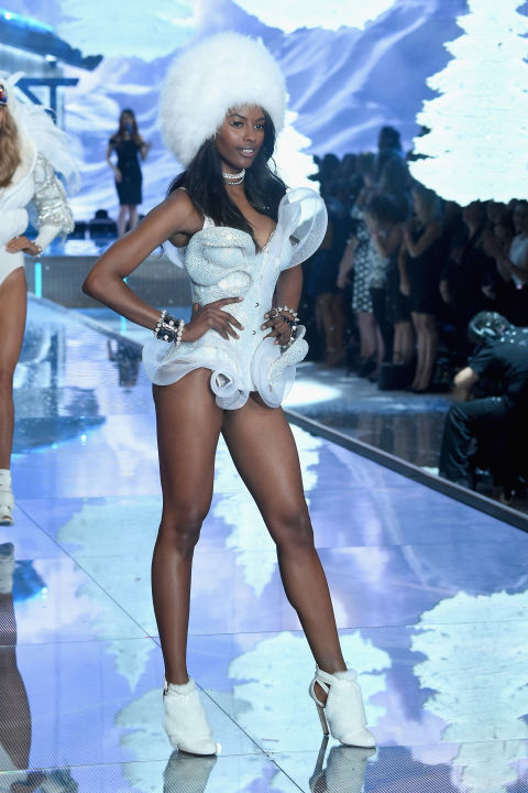 hbz-vs-runway-2015-gettyimages-496563378.jpg