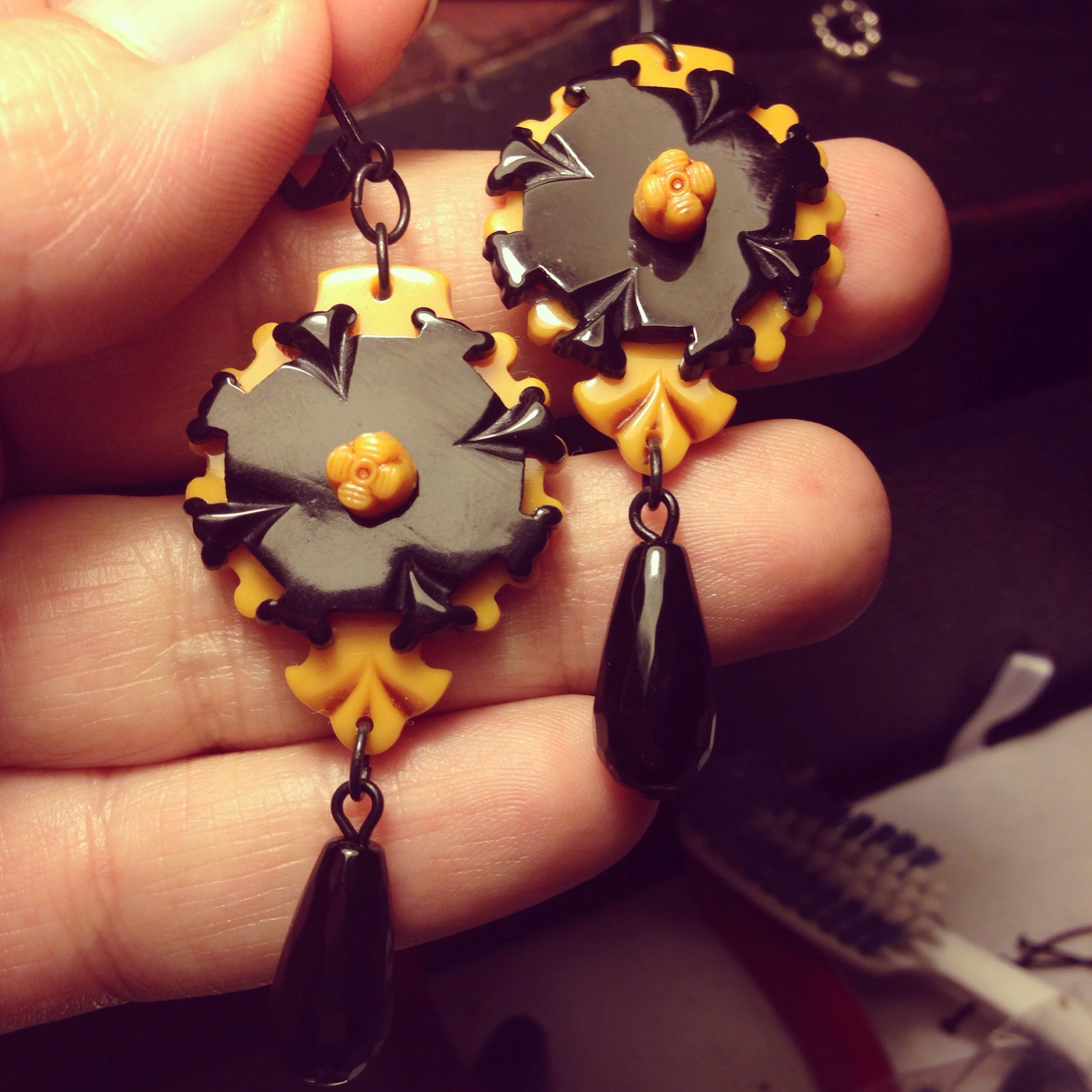 butterscotch and black victorian earrings! With an onyx drop!