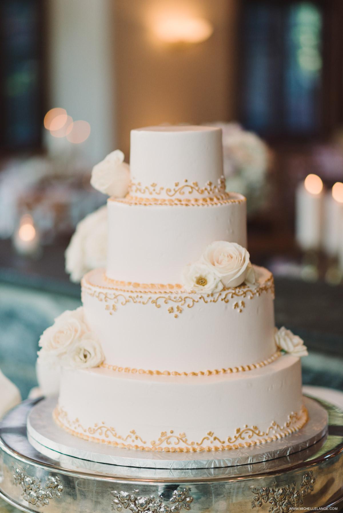 Champagne Wedding Cake Wedding Photographer