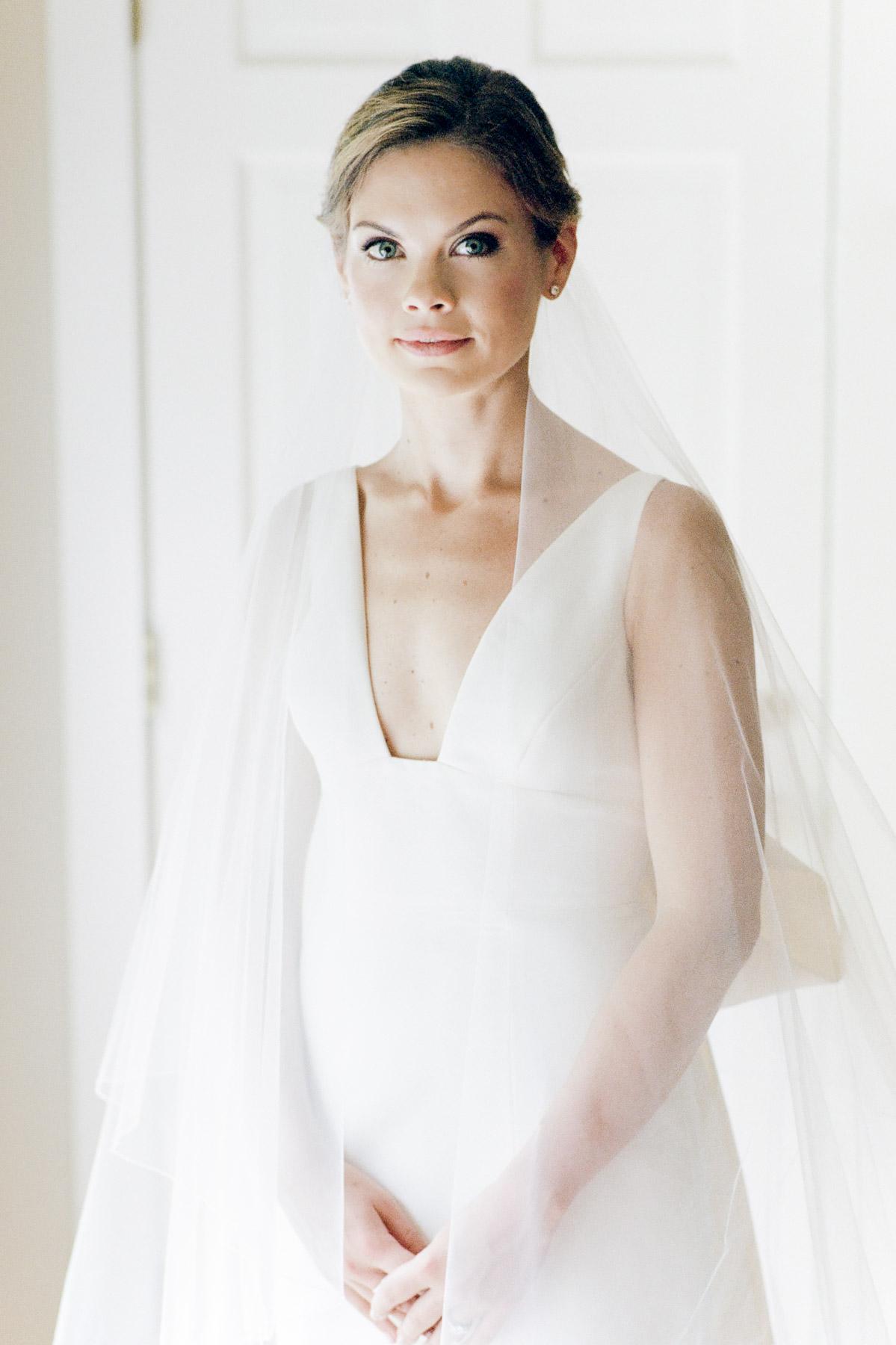 Manchester Vermont Wedding Bride Wearing Carolina Herrera