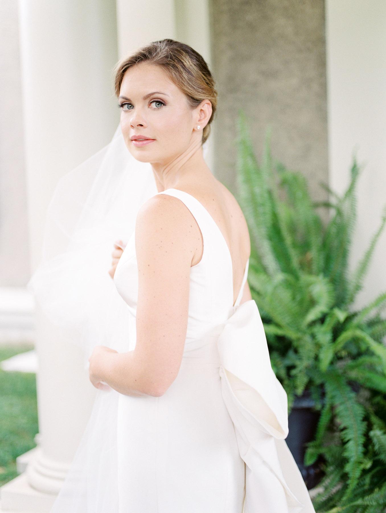 Manchester Vermont Wedding Beautiful Bride in Carolina Herrera