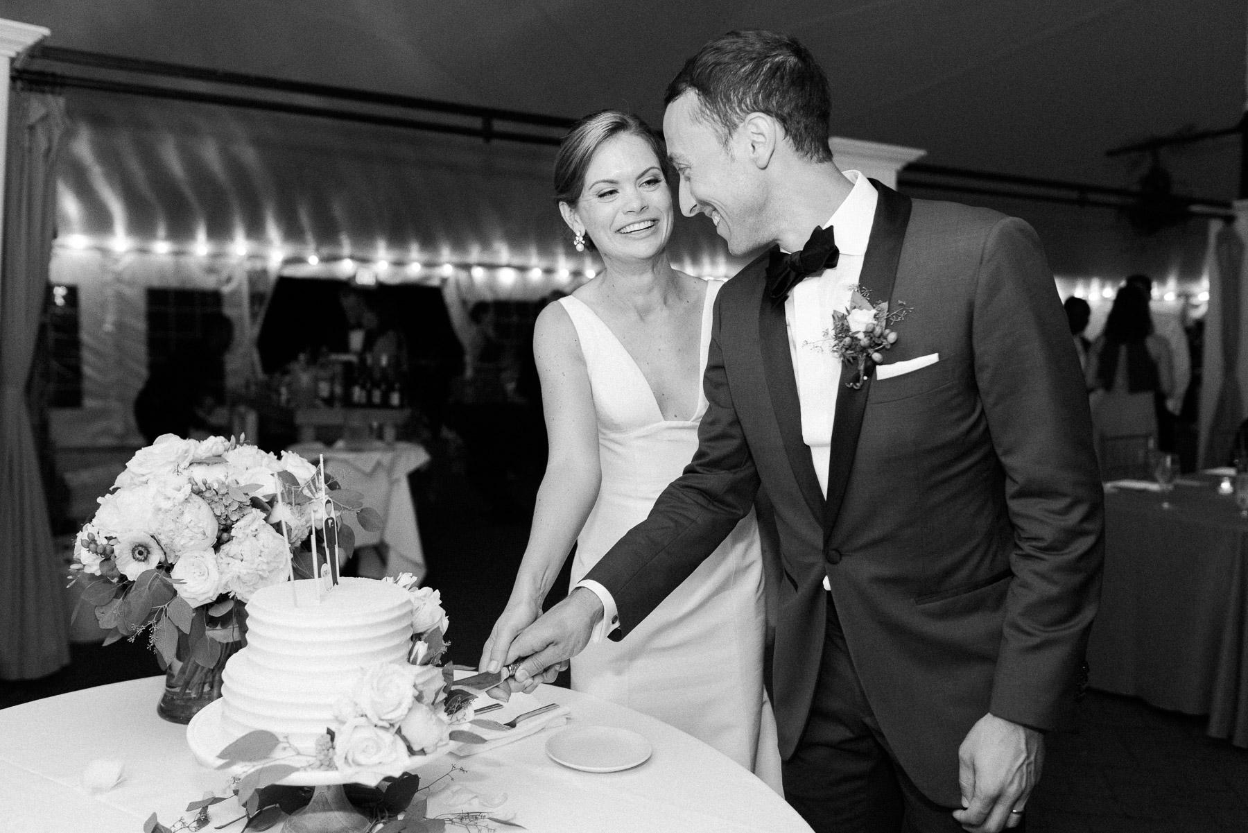Manchester Vermont Wedding Cake Cutting