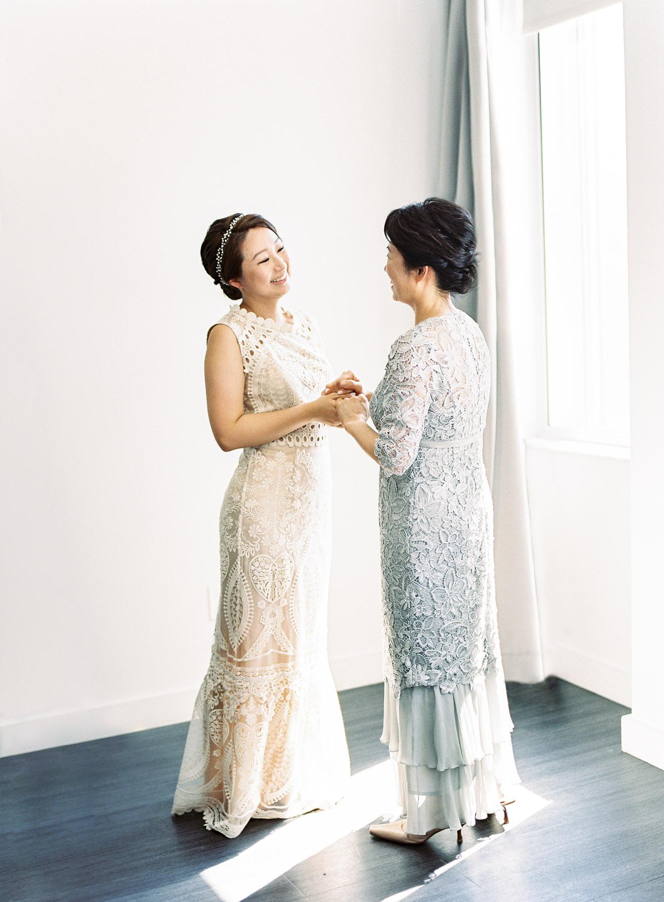 Bride and Mom Getting Ready Photo Brooklyn