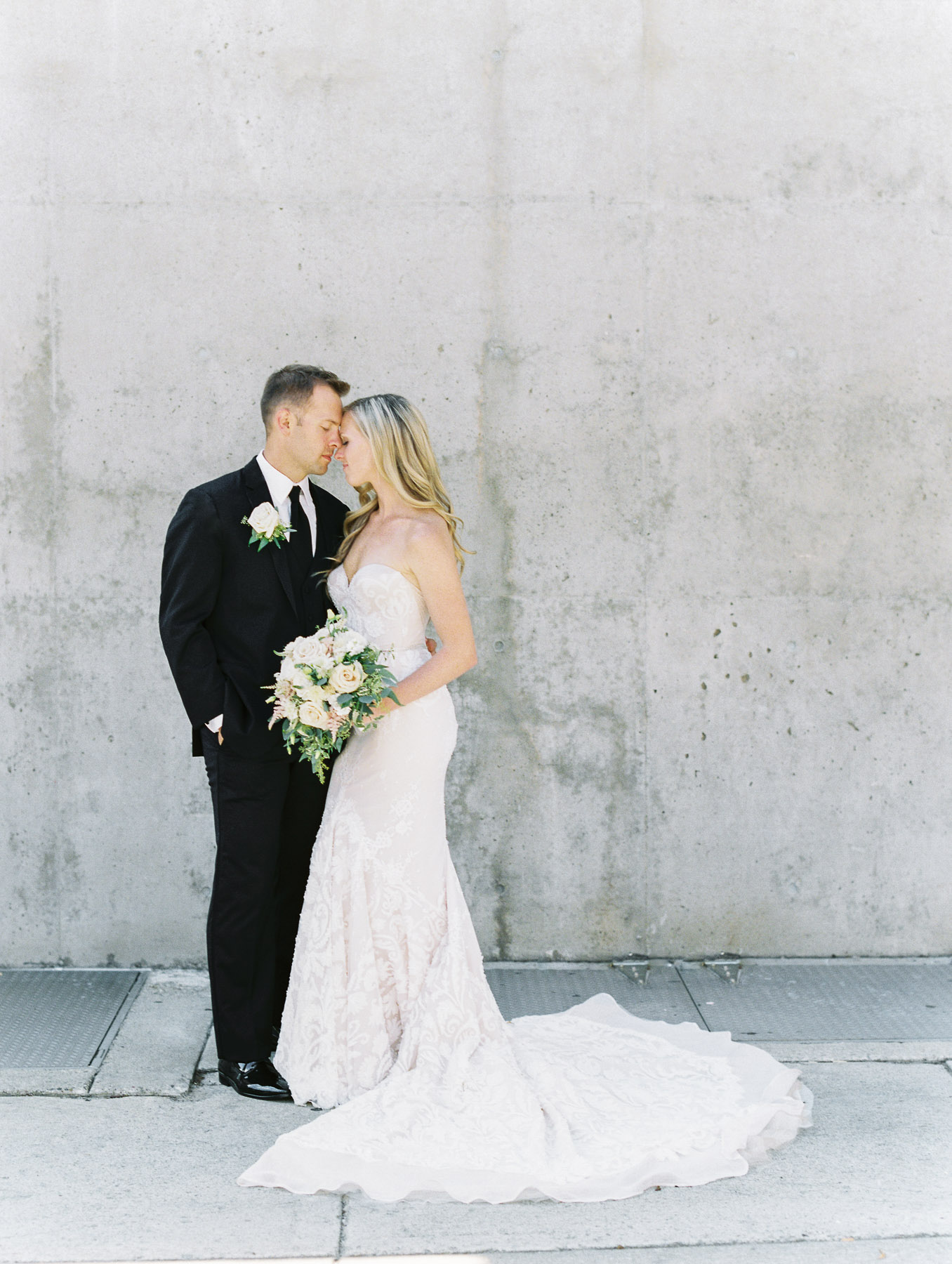 Grand Rapids Michigan Wedding Photographer-14.jpg