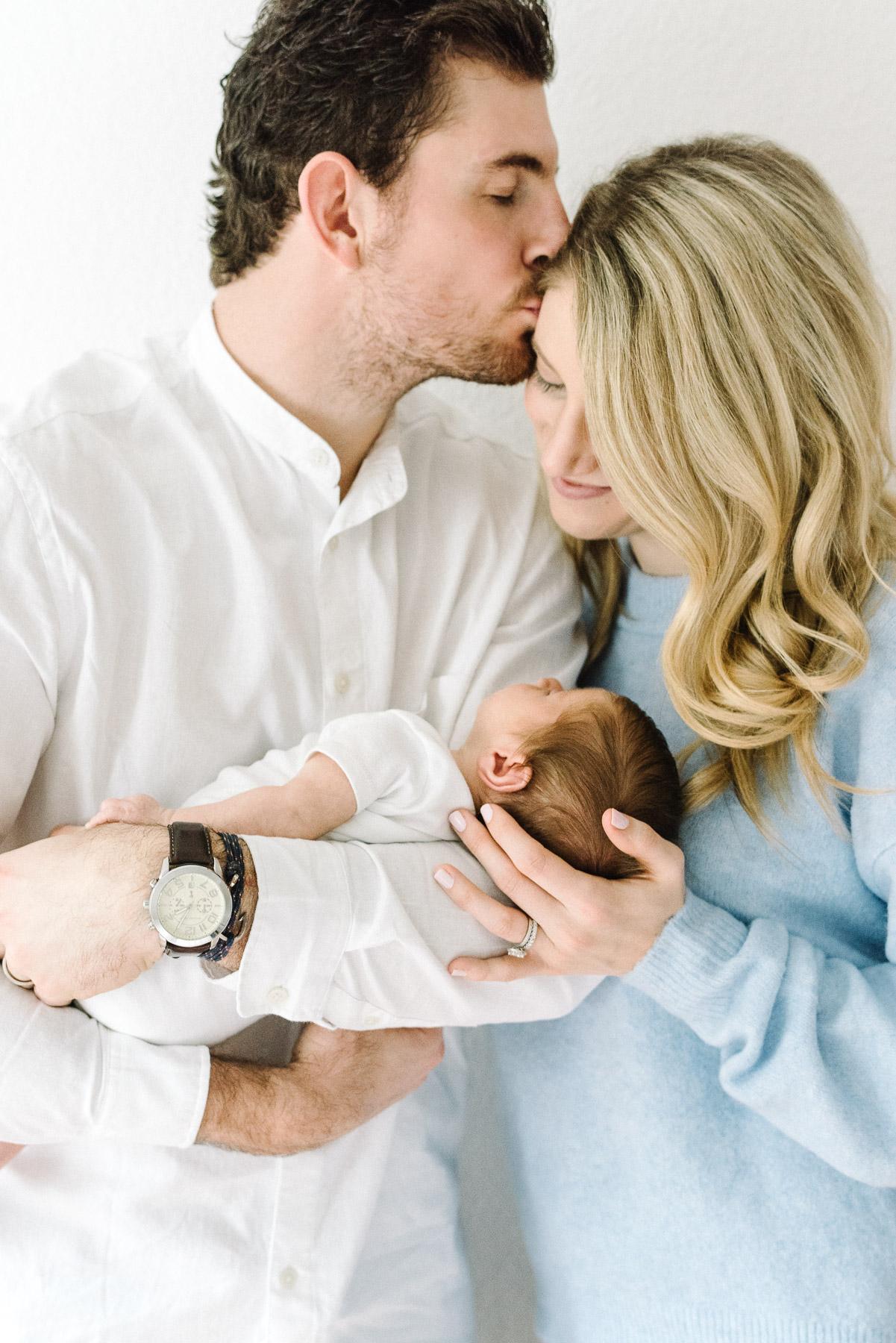 Newborn Photographer-5.jpg