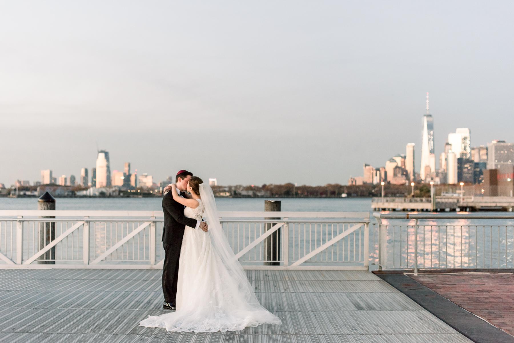 Liberty Warehouse Brooklyn Wedding-37.jpg