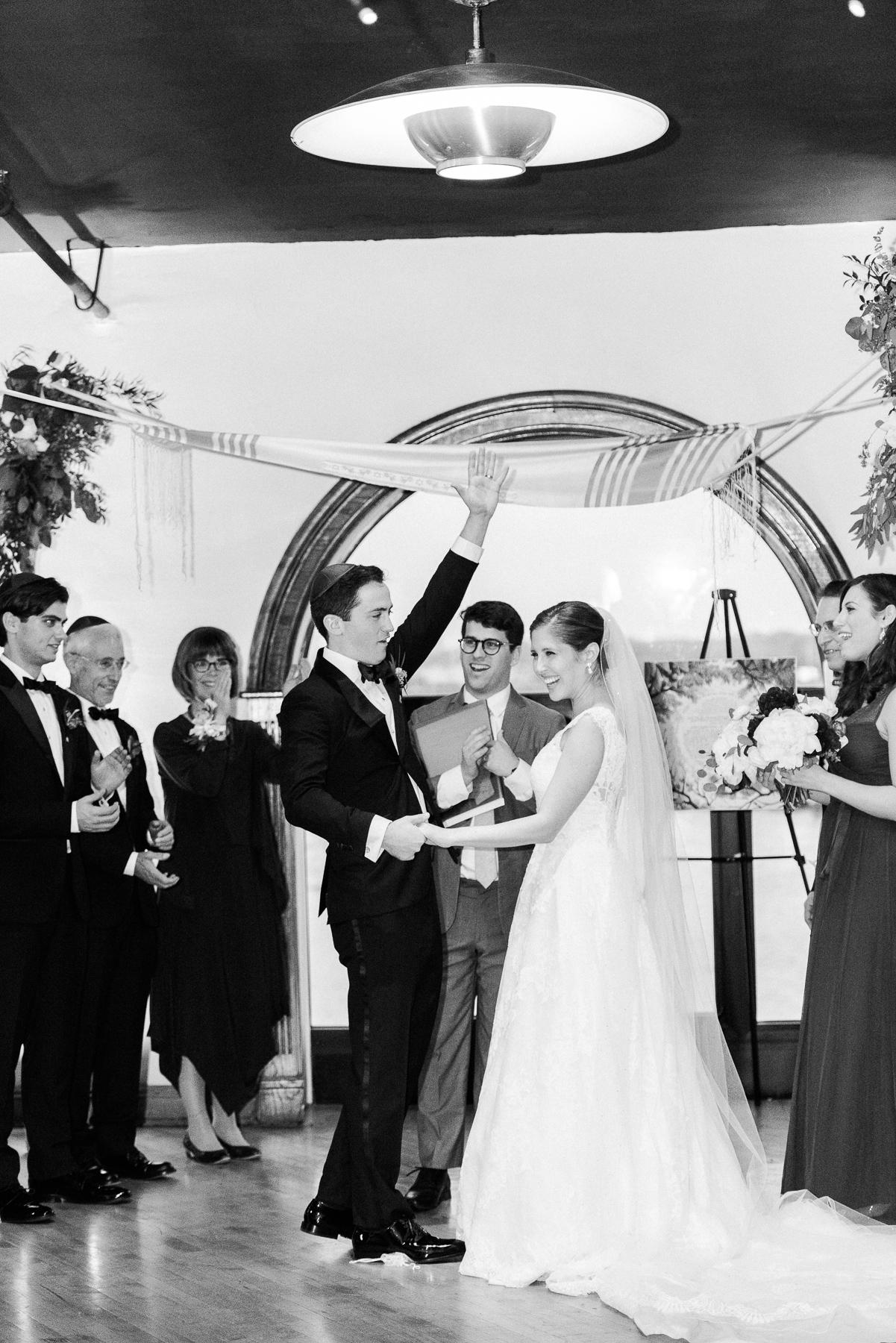 Liberty Warehouse Brooklyn Wedding-46.jpg