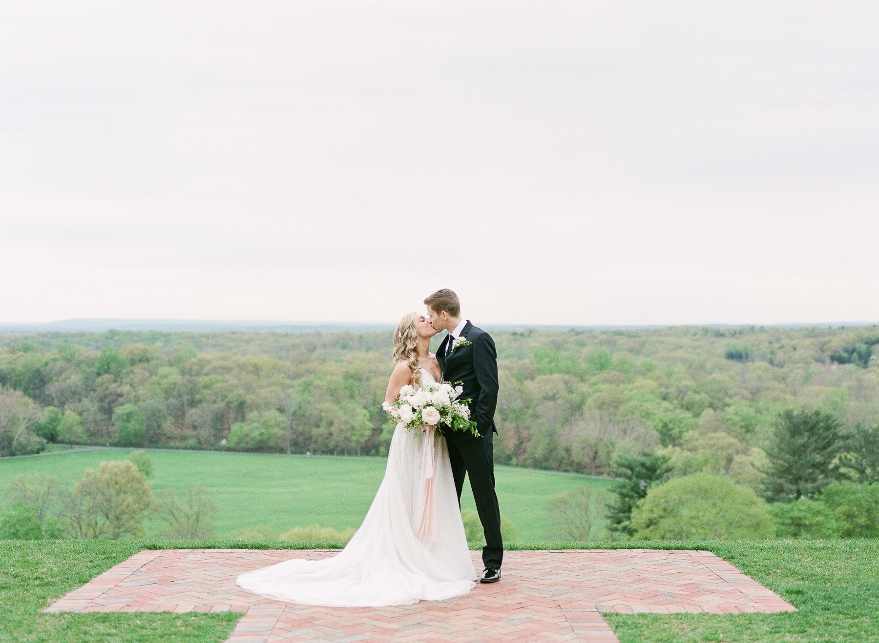 Natirar Mansion Wedding by Michelle Lange Photographer-18.jpg