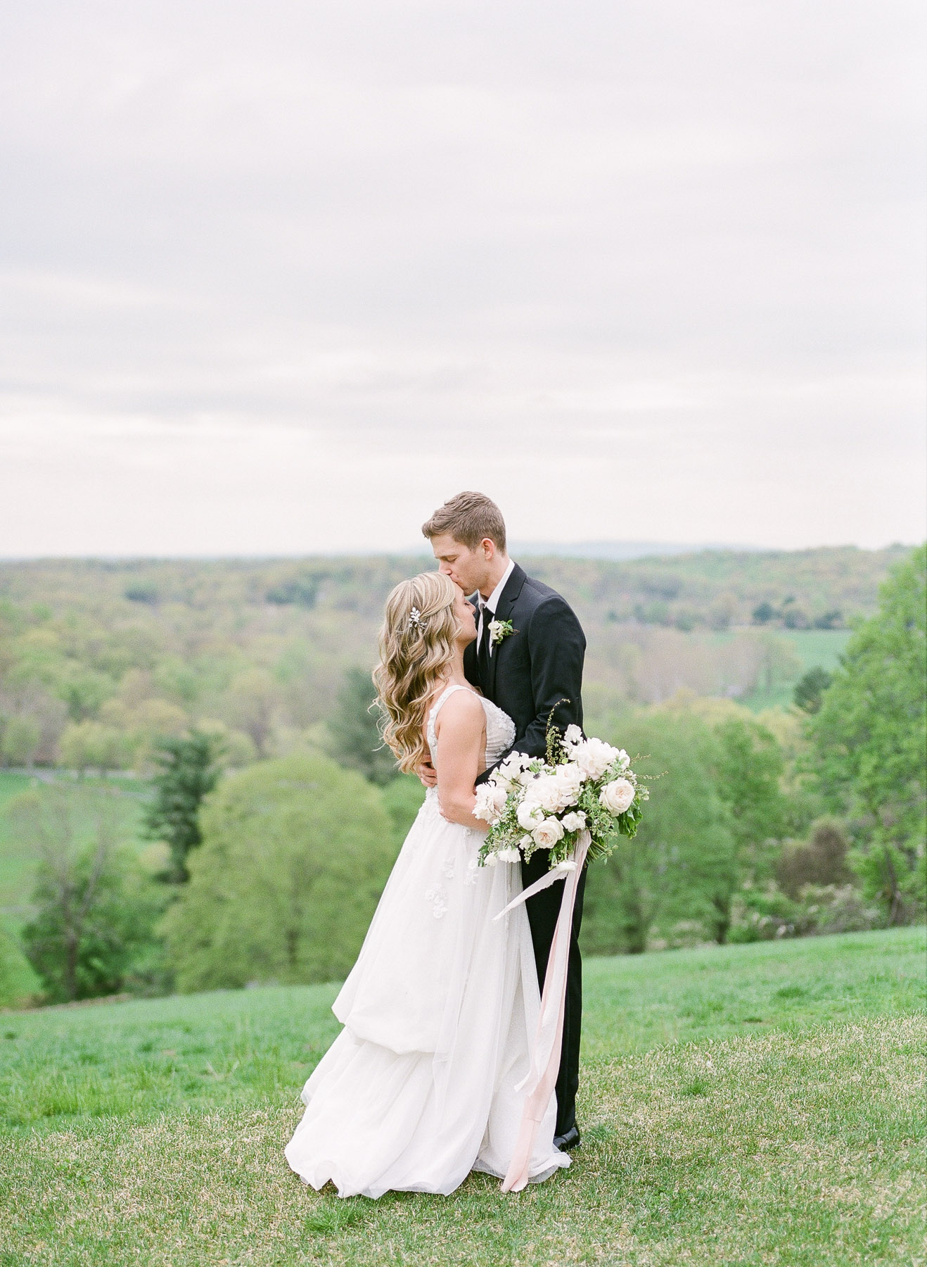 Natirar Mansion Wedding by Michelle Lange Photographer-30.jpg