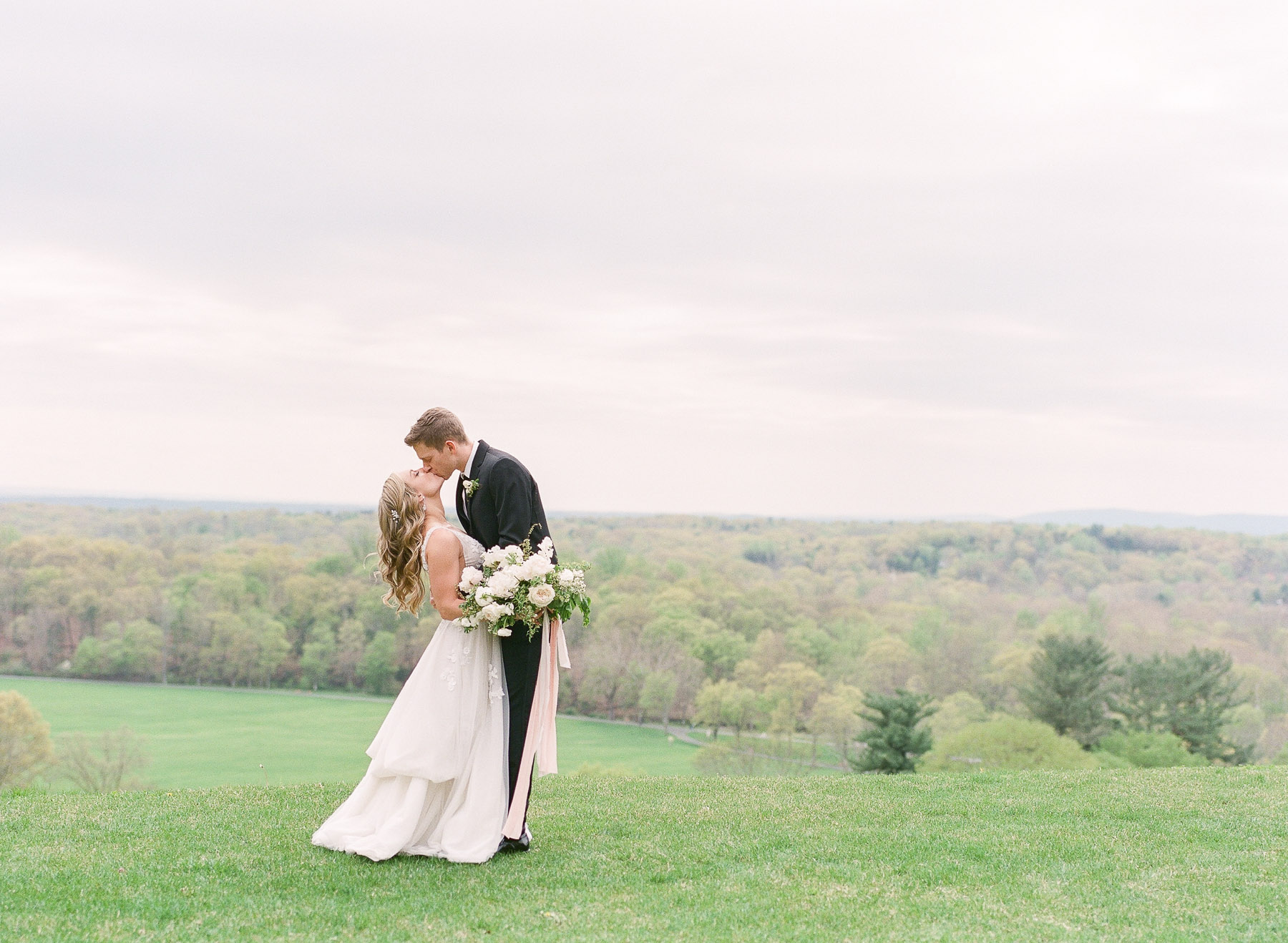 Natirar Mansion Wedding by Michelle Lange Photographer-32.jpg