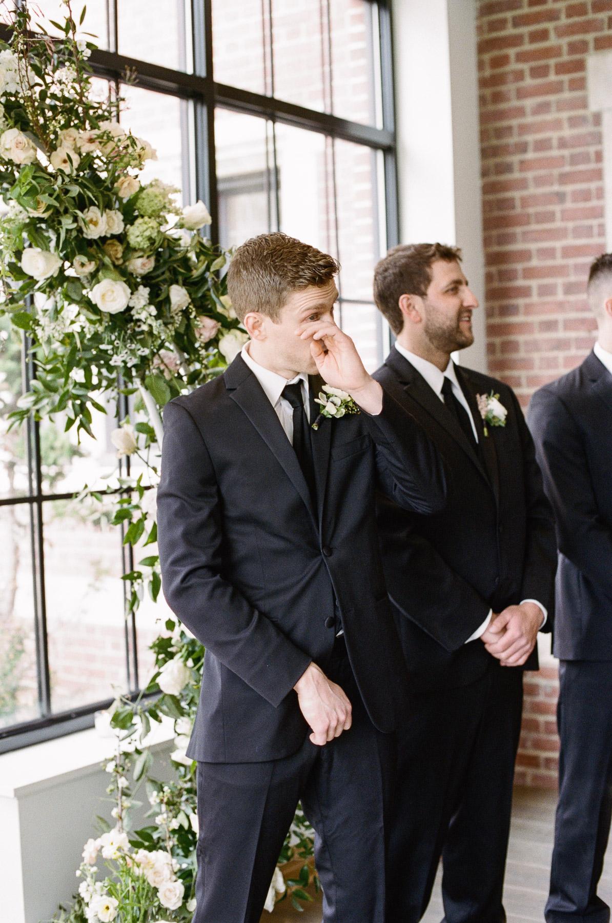 Natirar Mansion Wedding by Michelle Lange Photographer-45.jpg