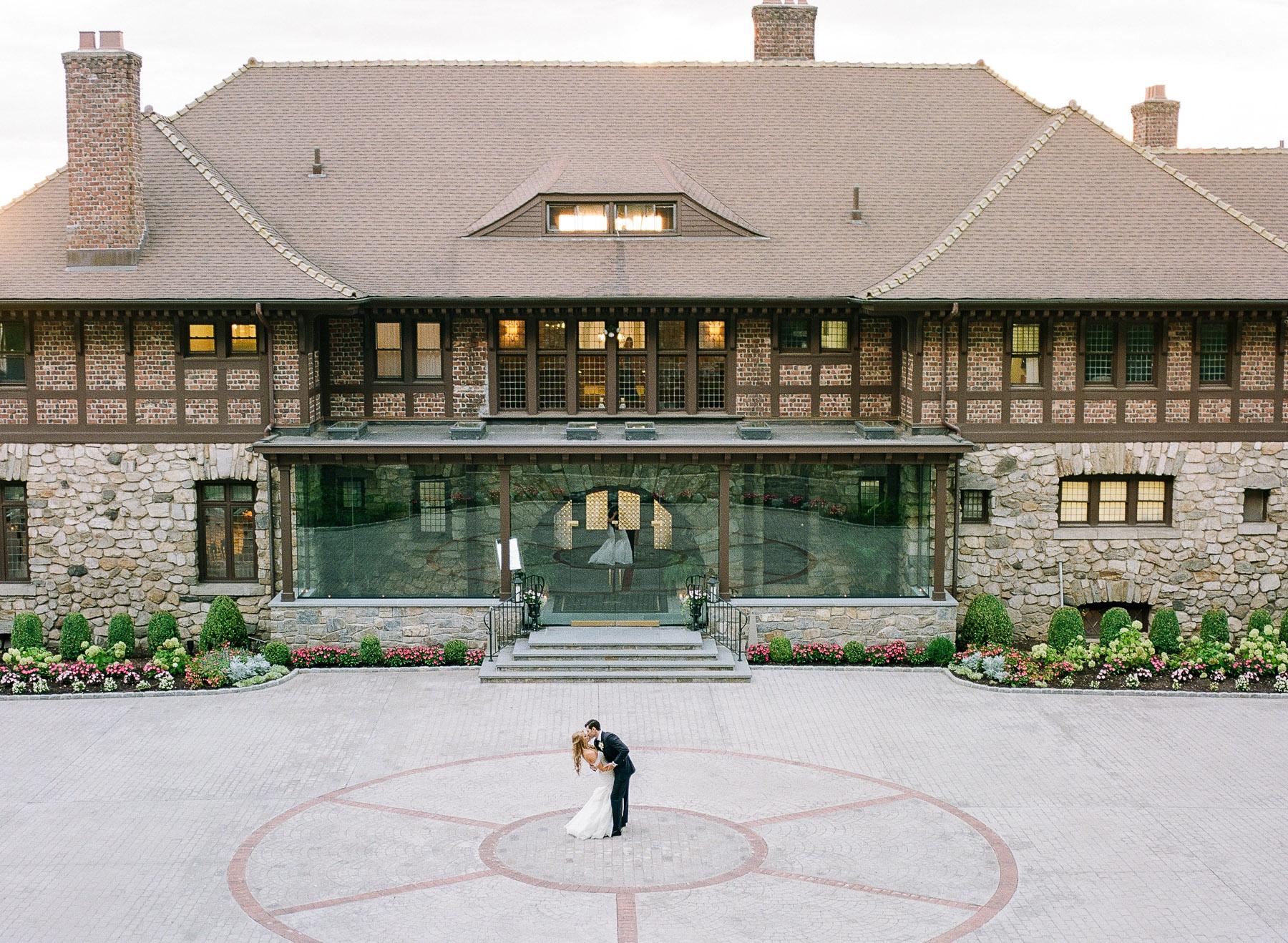 Iconic Photo NY Wedding Photographer Le Chateau in Westchester NY