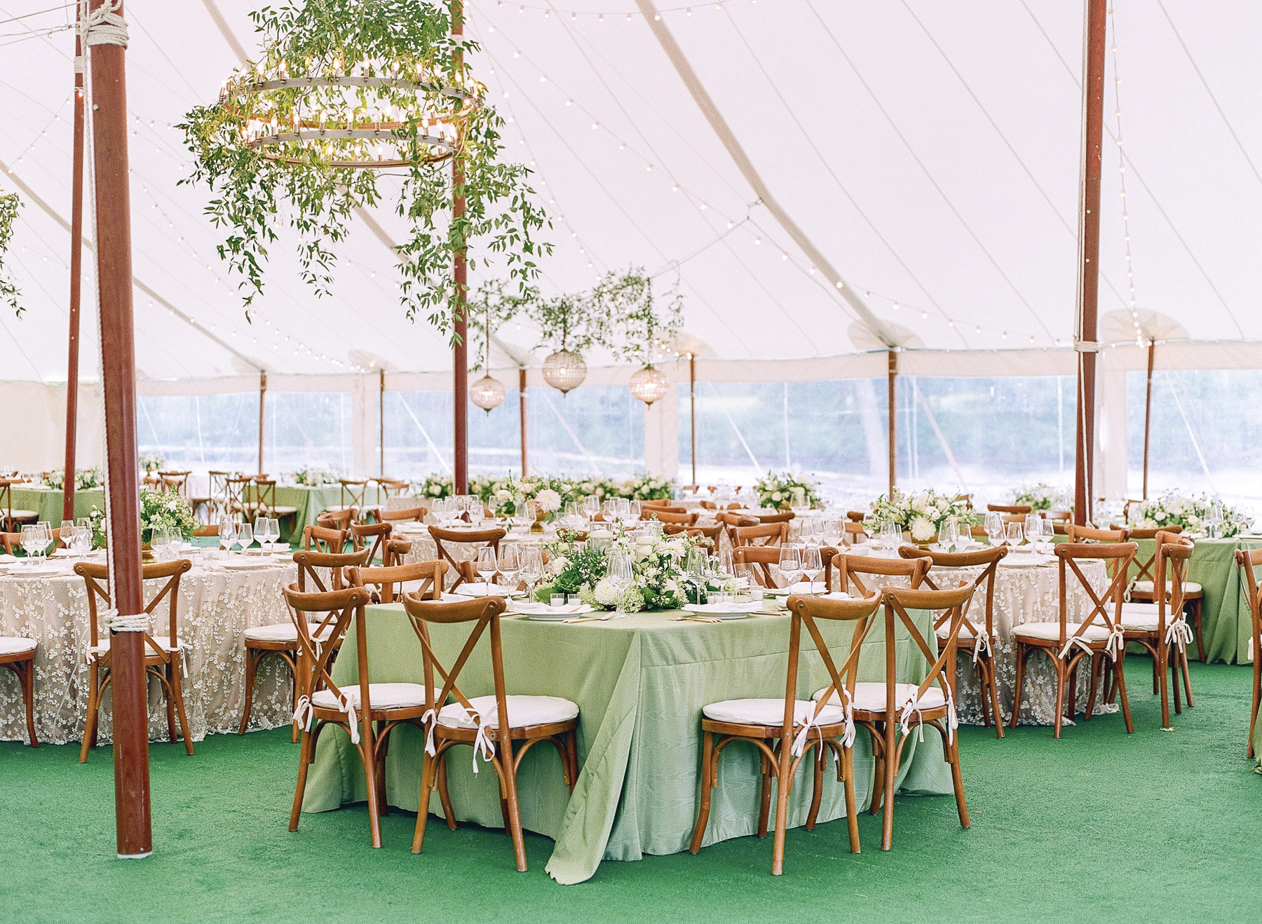 Private Island Upstate NY Wedding by Michelle Lange Photography-72.jpg