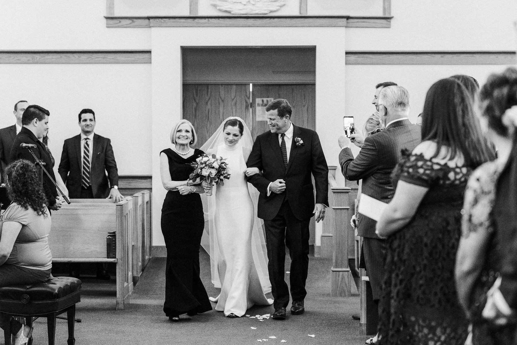 Adelphi Saratoga Wedding by Michelle Lange Photography-21.jpg