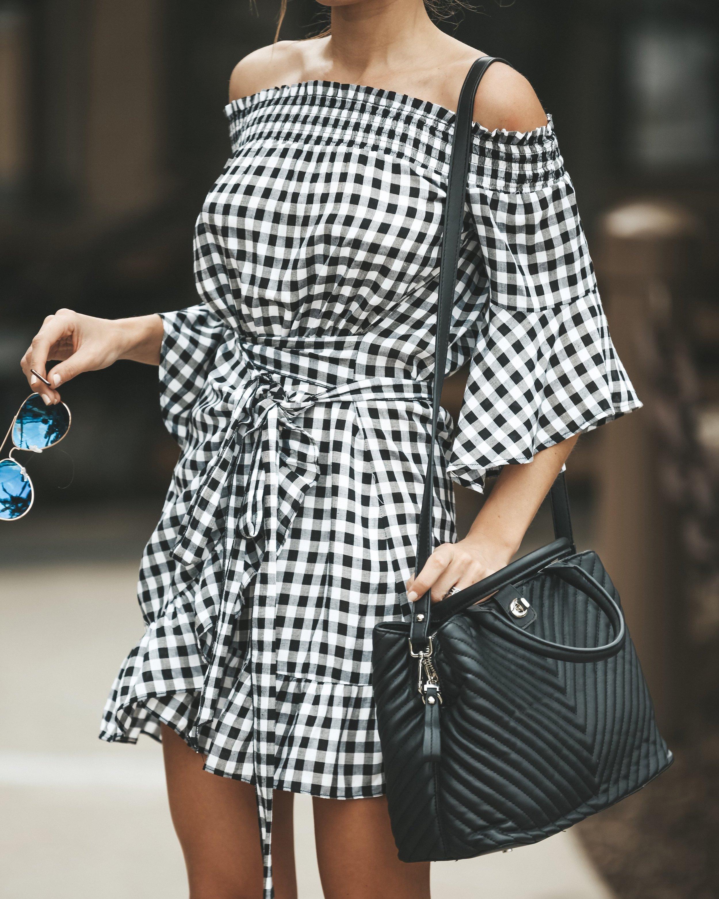 VICI COLLECTION - 'Lauren Gingham Off The Shoulder Wrap' Dress