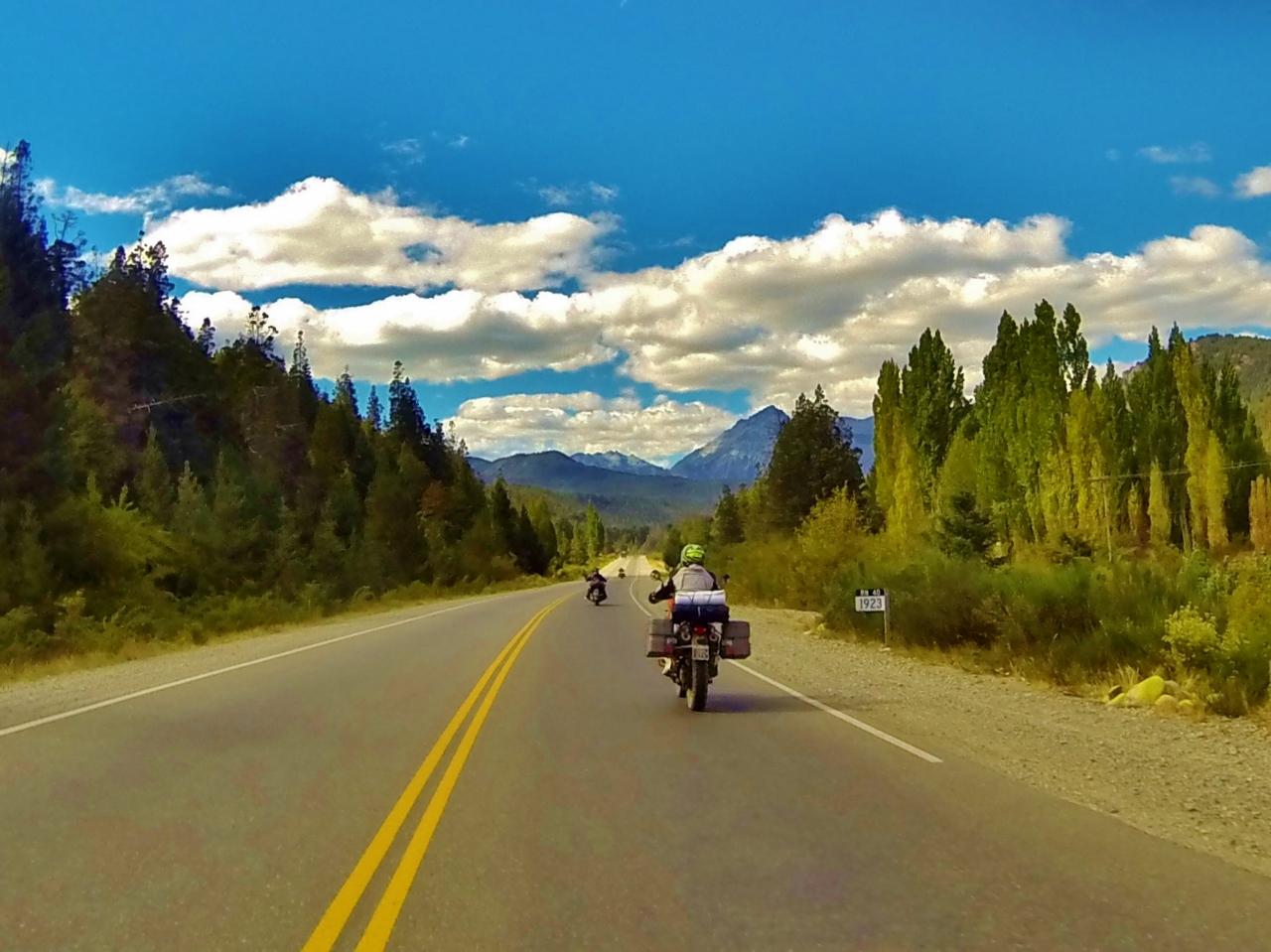 Headed north on Ruta 40 out of El Bolsón