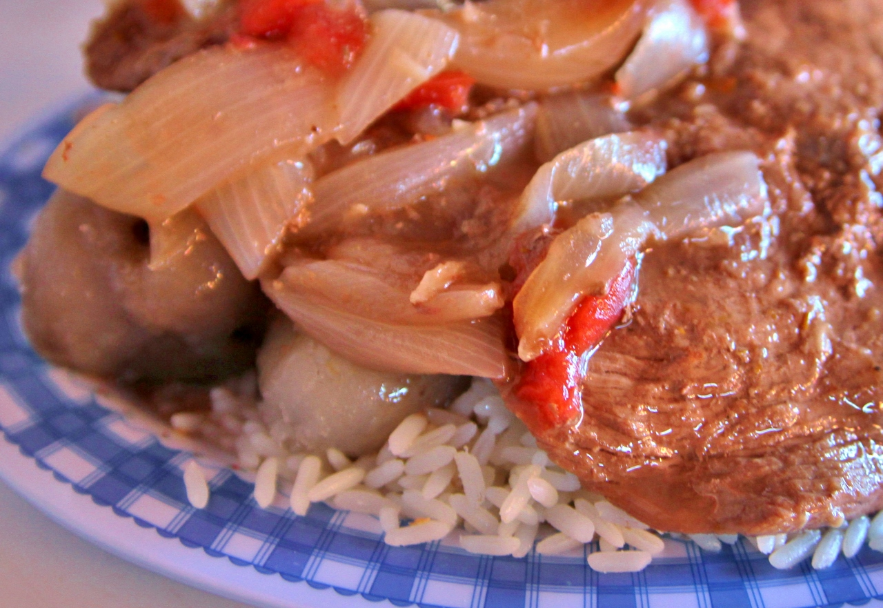 Miguel recommended this churrasco: steak (I think it's a flank) with grilled onions and peppers