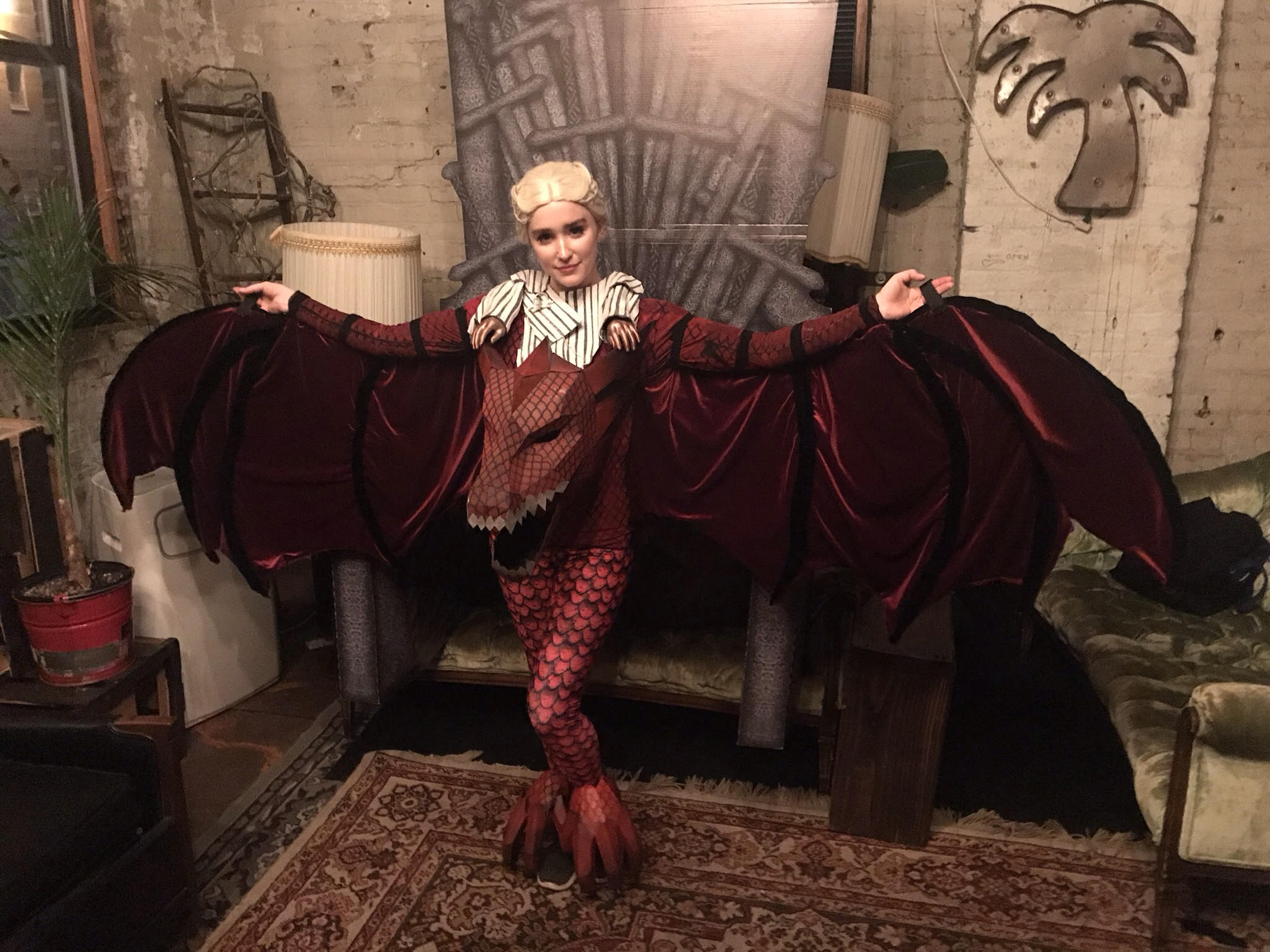 Daenerys x Drogon 4 _ Casey Bloomquist _ Wintercroft Dragon V2 _ 12.06.17.jpg