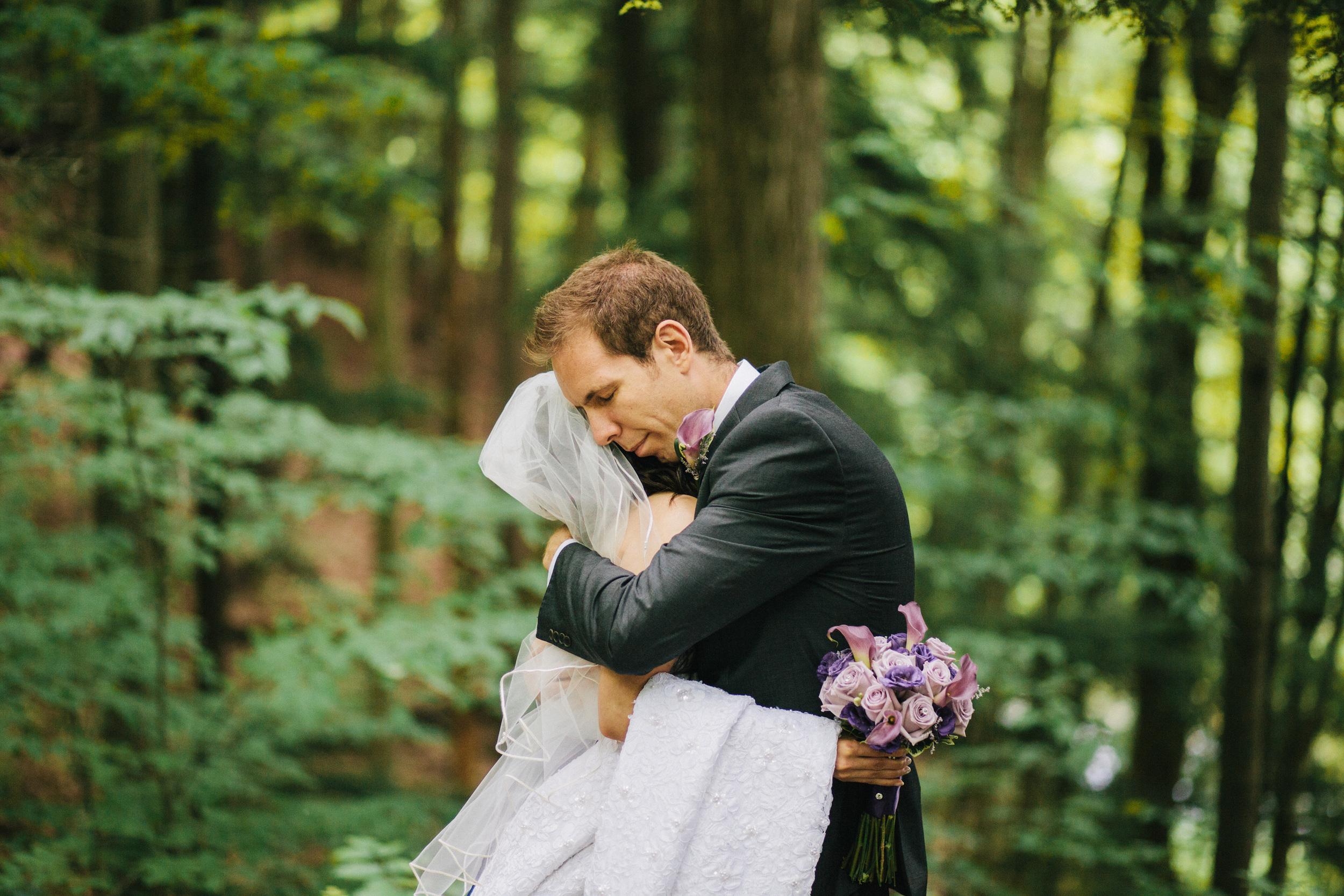 michael-rousseau-photography-kortwright-centre-wedding019.jpg