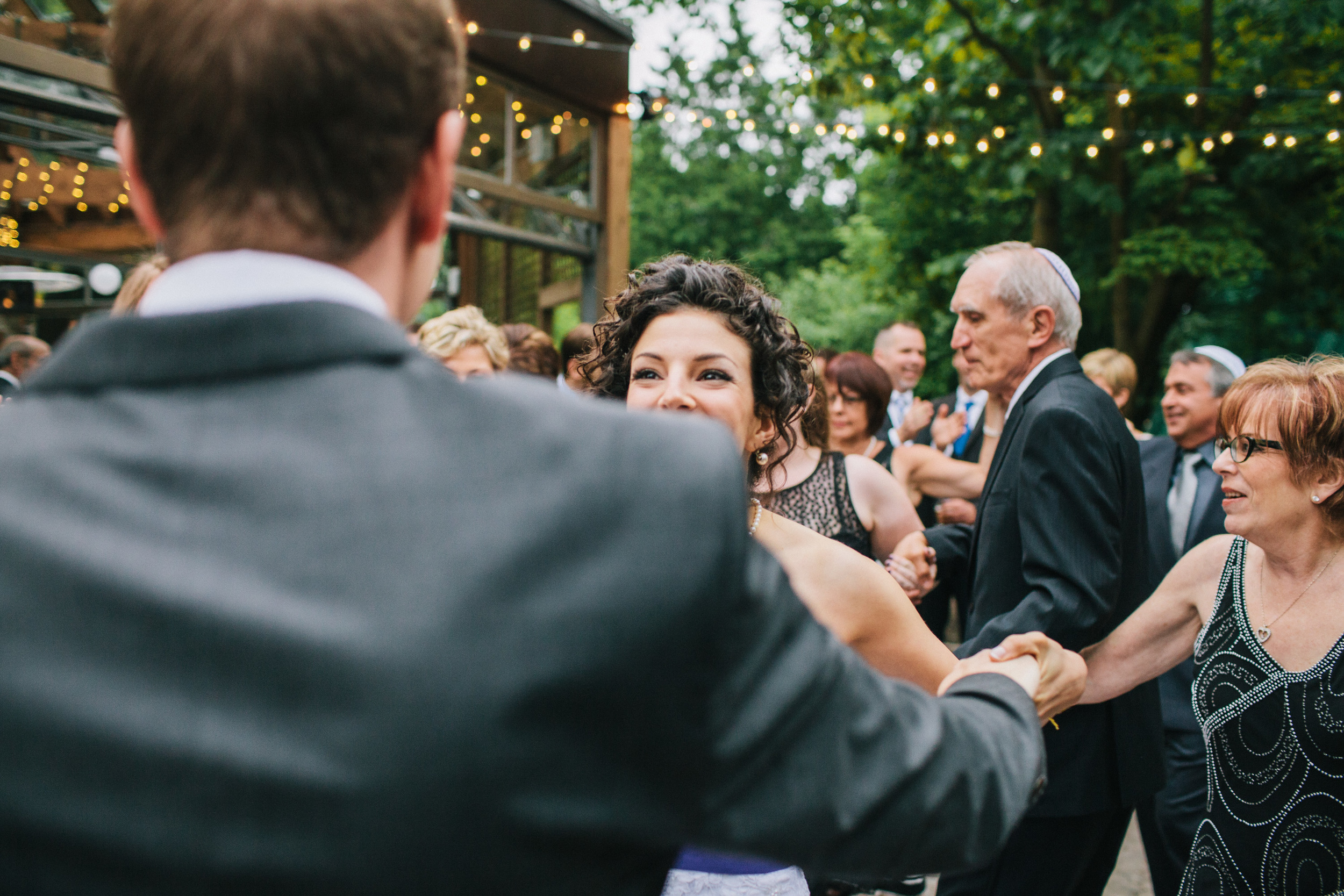 michael-rousseau-photography-kortwright-centre-wedding040.jpg