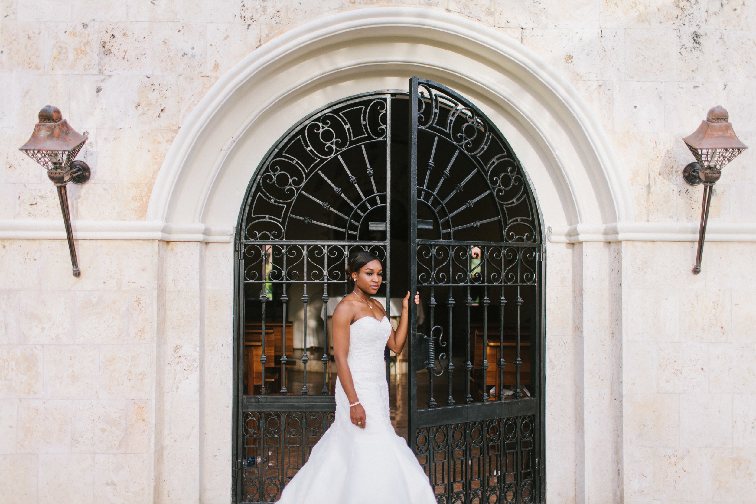 michael-rousseau-photography-dominican-republic-destination-wedding-cara-jason-colonial-majestic-dominican-republic107.jpg