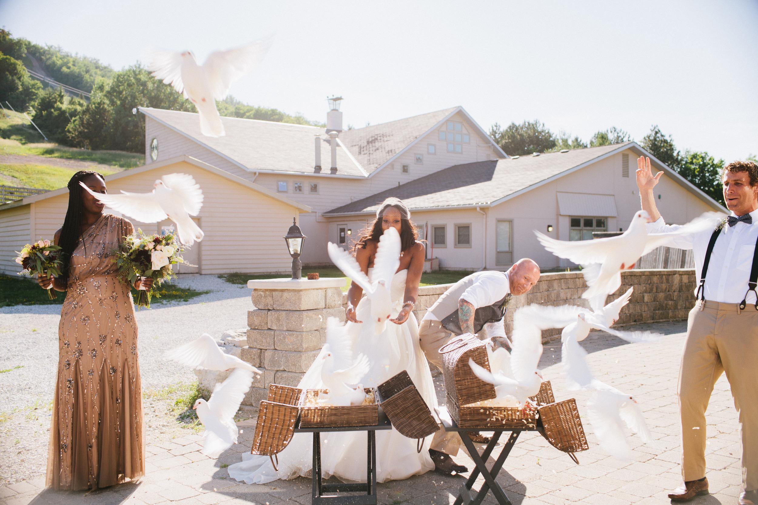 michael-rousseau-photography-shannae-ingleton-wedding-sean-craigleith-ski-club-wedding054.jpg