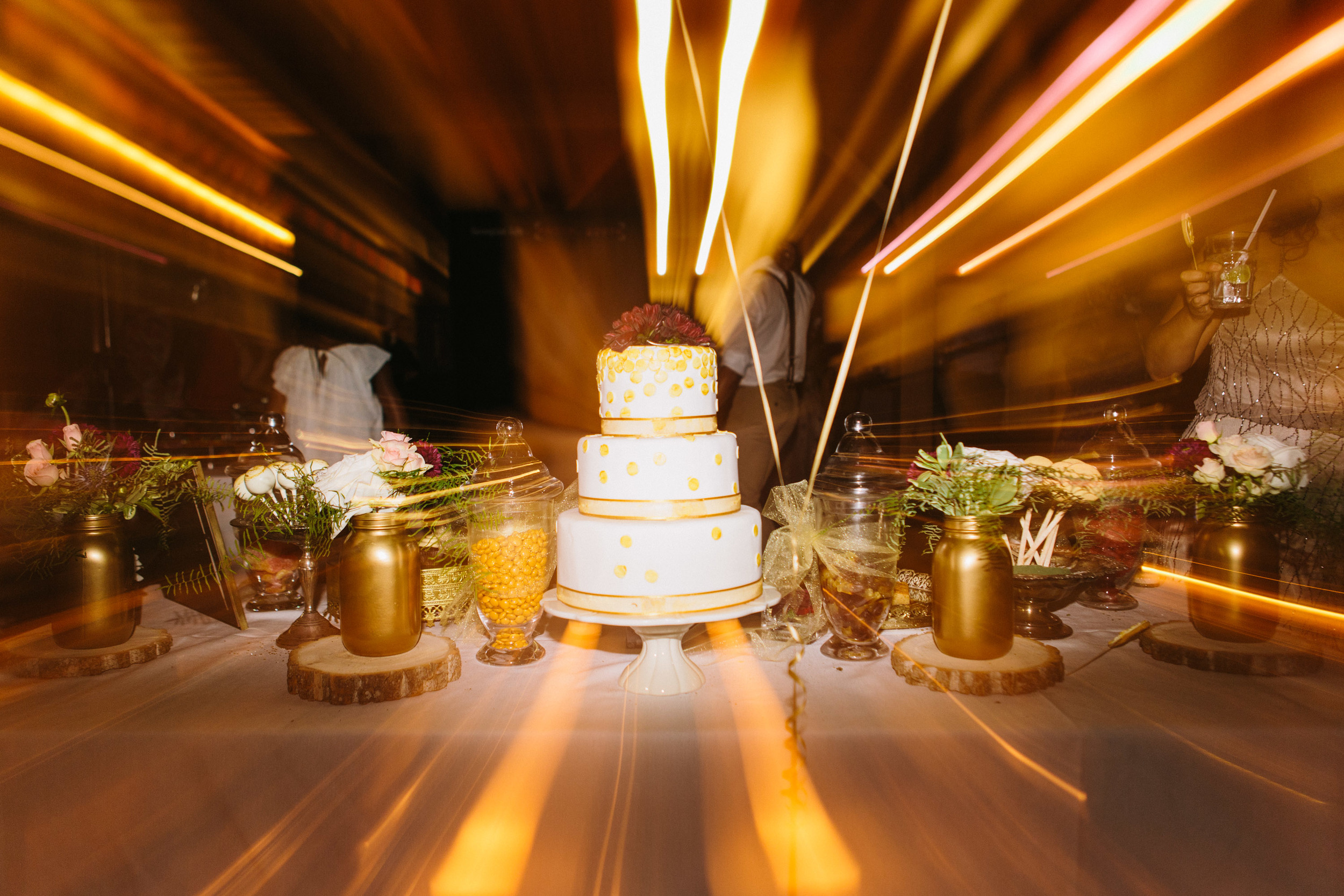 michael-rousseau-photography-shannae-ingleton-wedding-sean-craigleith-ski-club-wedding098.jpg