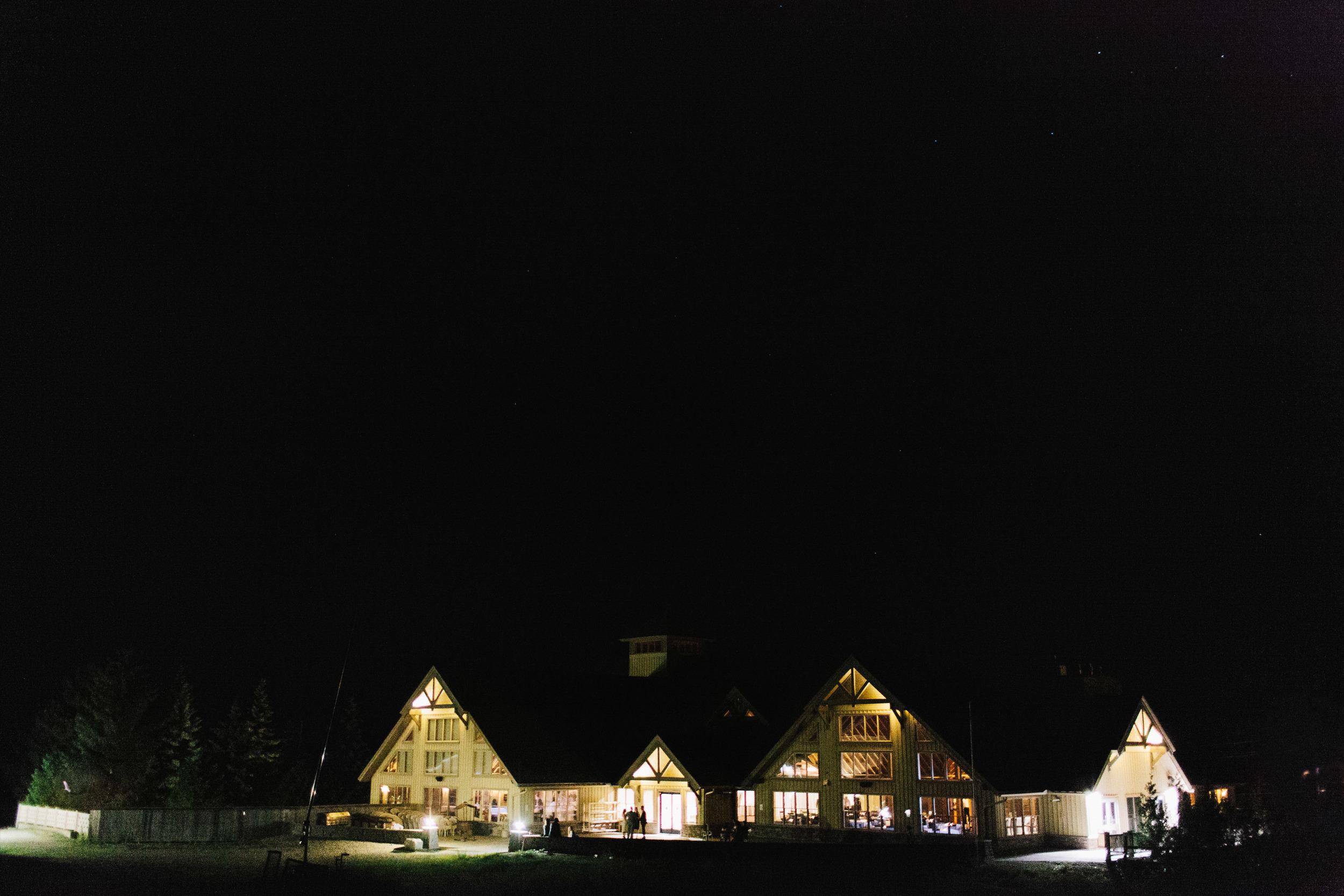michael-rousseau-photography-shannae-ingleton-wedding-sean-craigleith-ski-club-wedding102.jpg