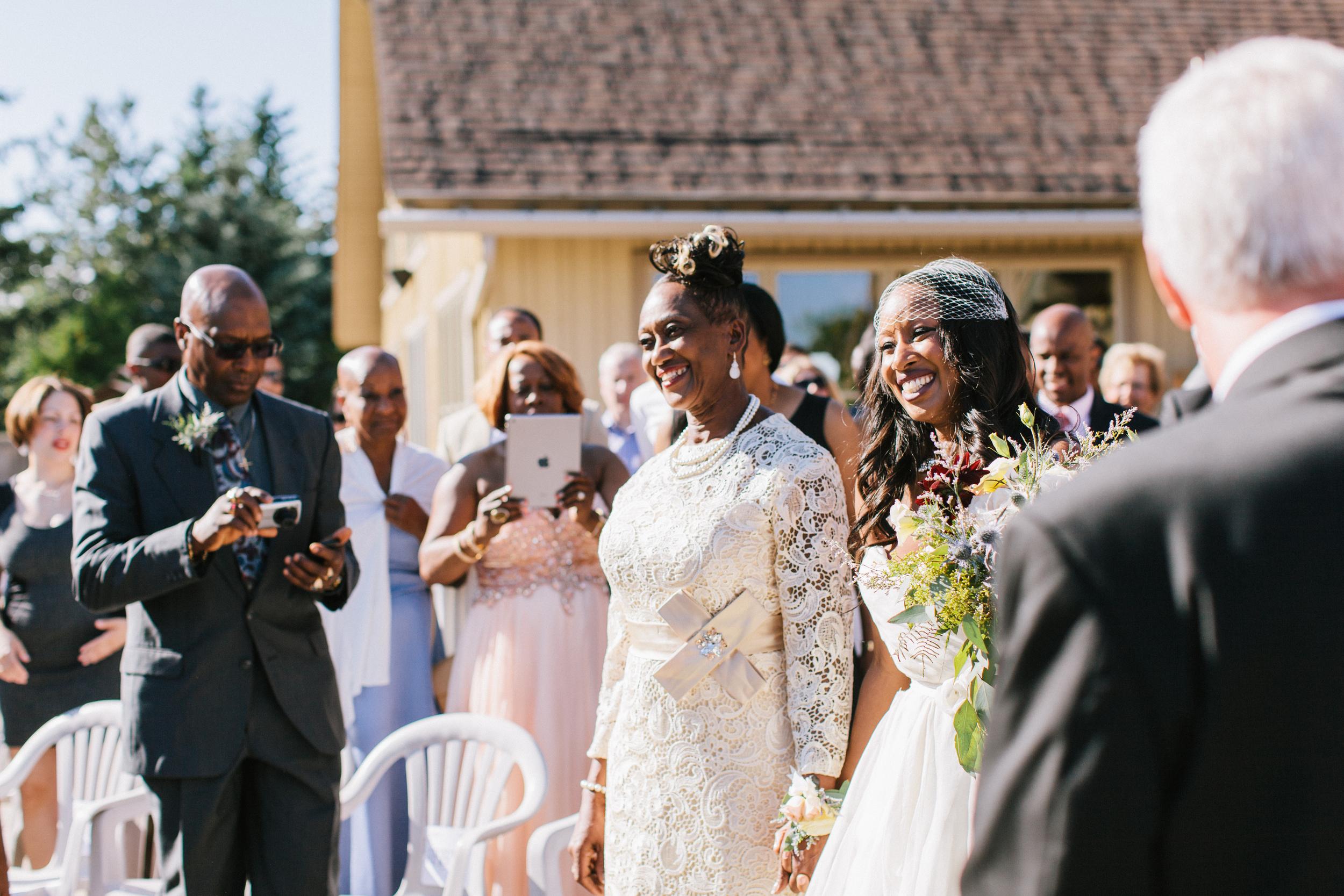 michael-rousseau-photography-shannae-ingleton-wedding-sean-craigleith-ski-club-wedding042.jpg
