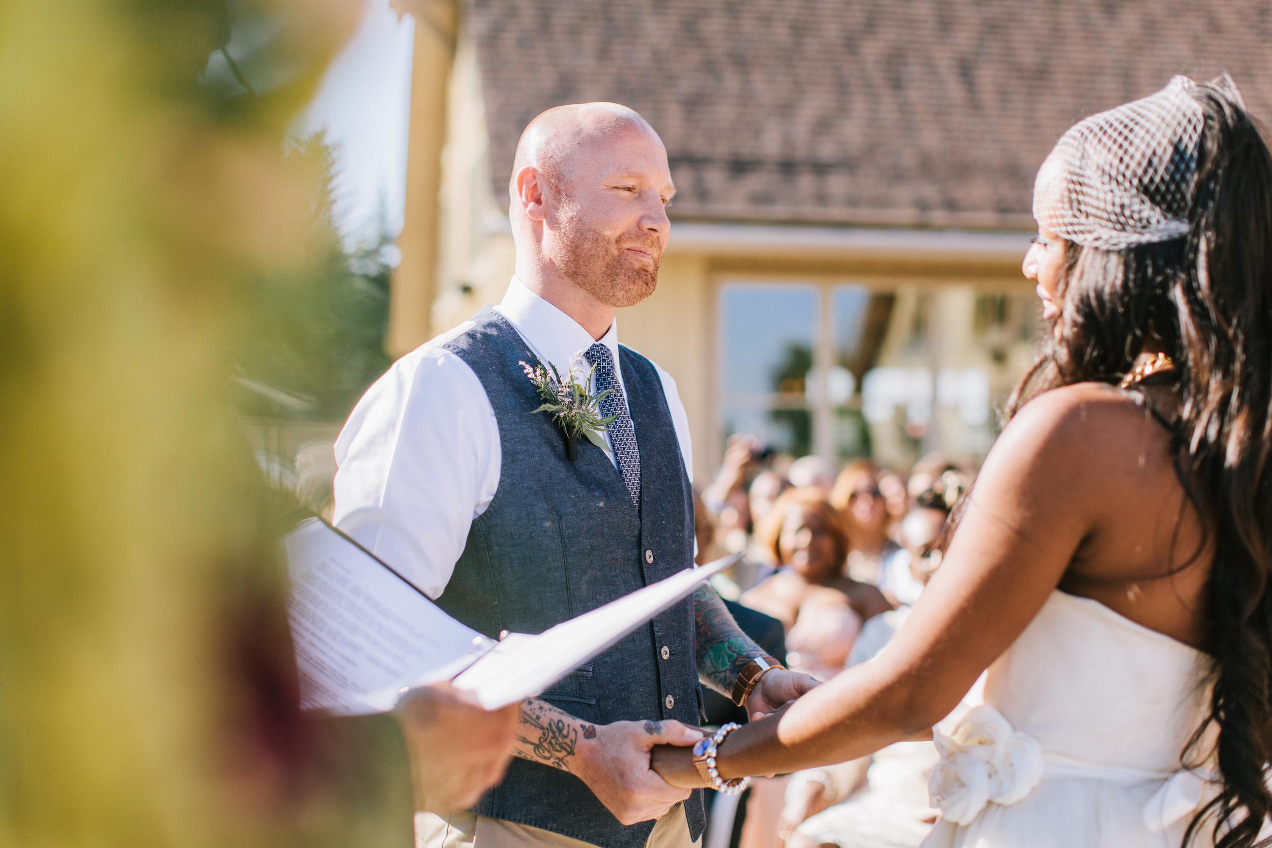 michael-rousseau-photography-shannae-ingleton-wedding-sean-craigleith-ski-club-wedding043.jpg