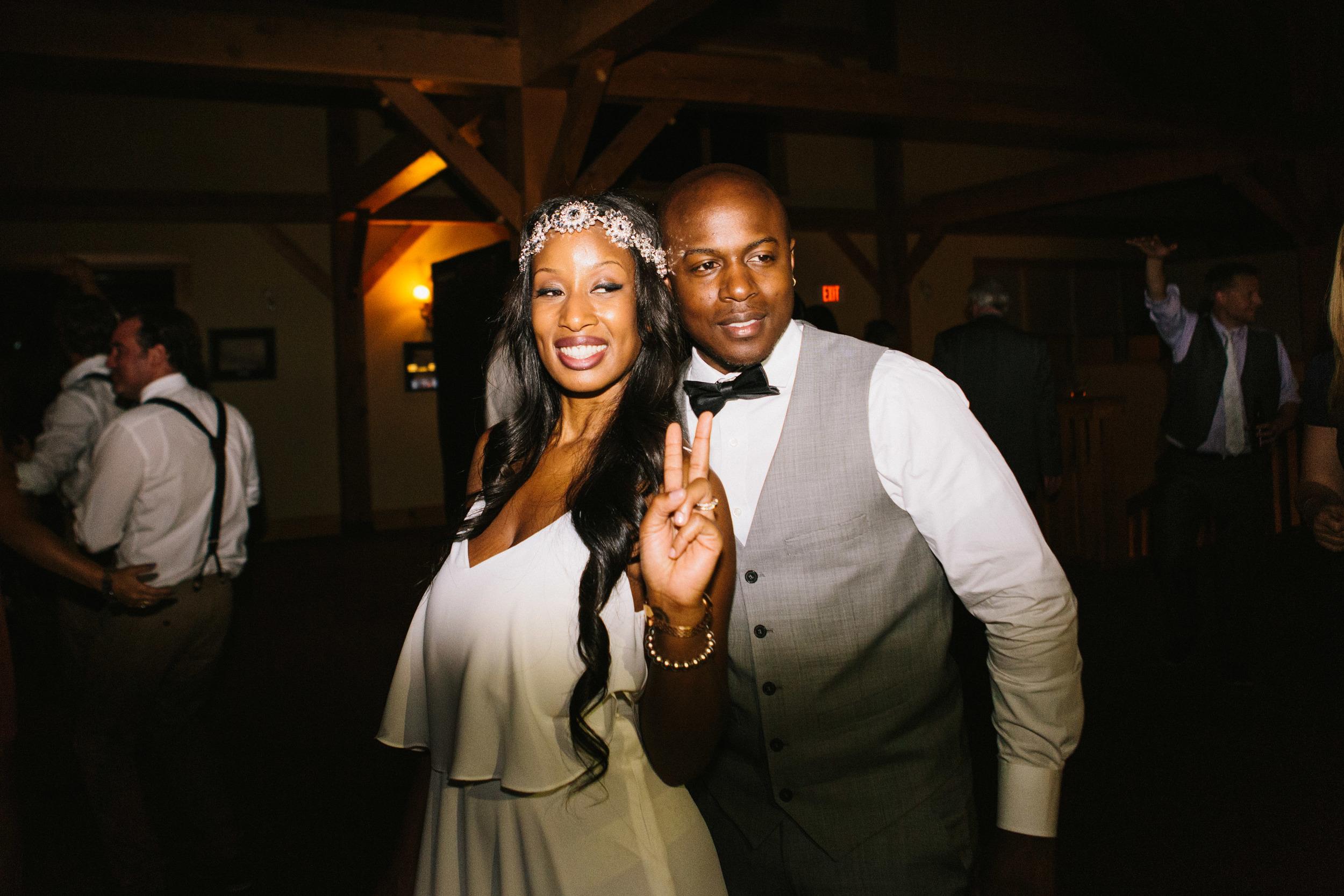 michael-rousseau-photography-shannae-ingleton-wedding-sean-craigleith-ski-club-wedding095.jpg