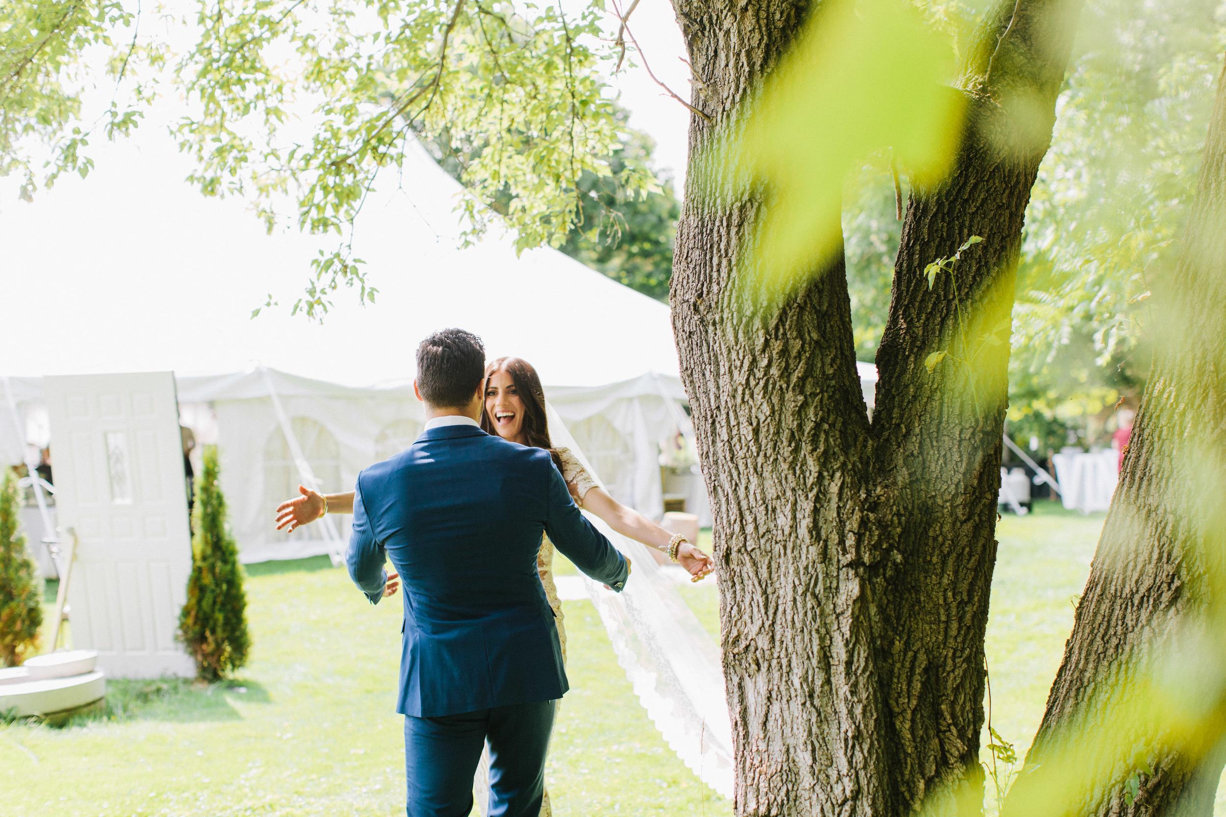 Vintage-back-yard-wedding-039.jpg