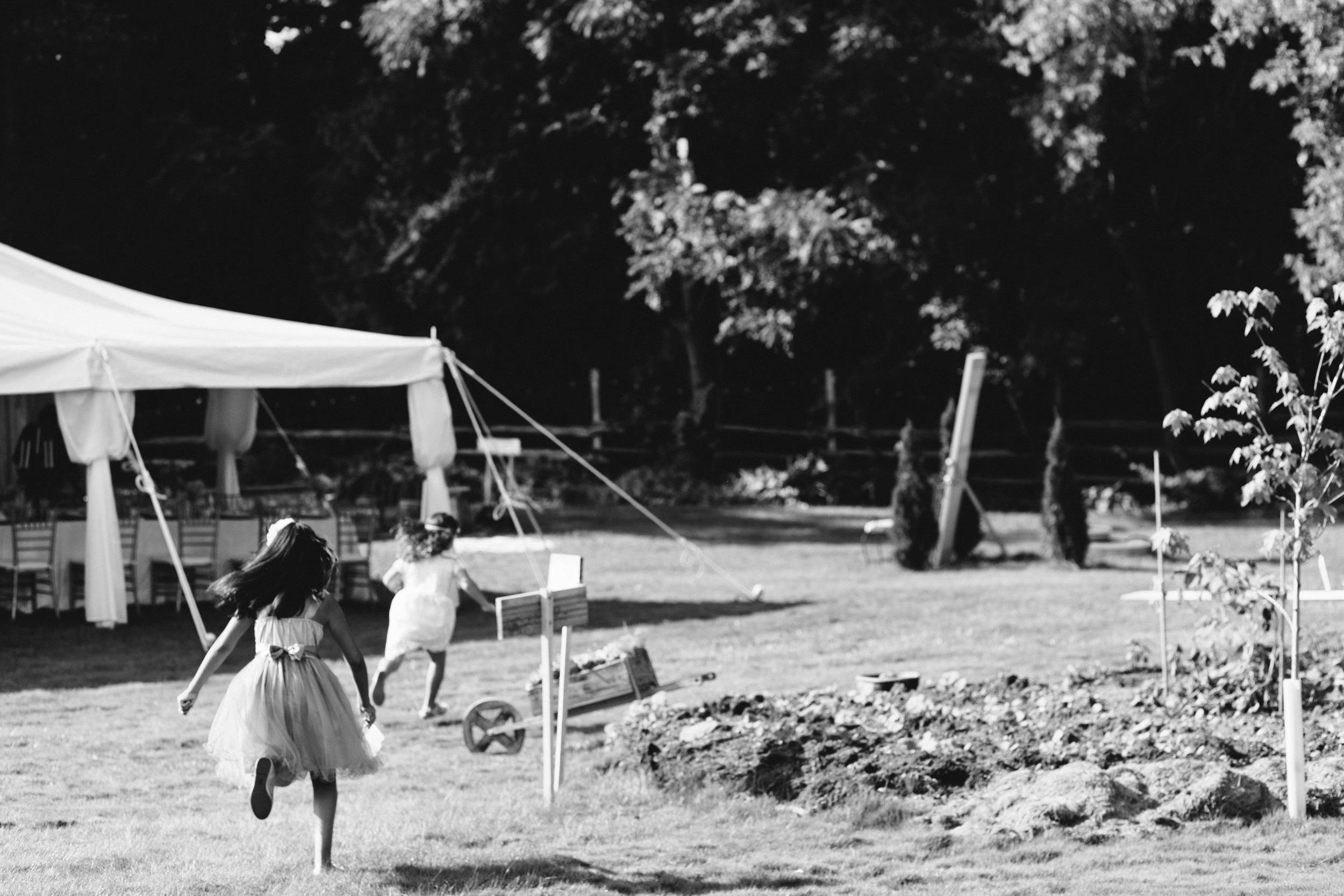 Vintage-back-yard-wedding-086.jpg