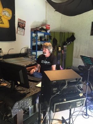 The master music maker, Andrew Bignell. He made the whole process so easy and enjoyable for all involved.
