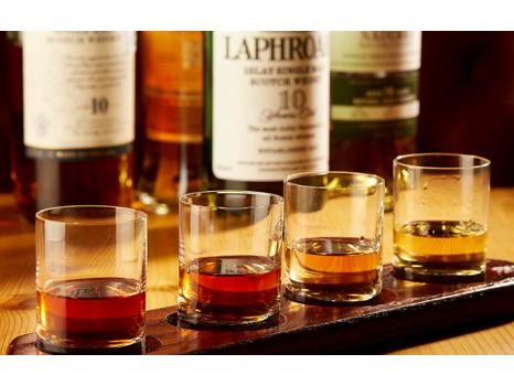 Premium Whiskey Tasting for 10 People