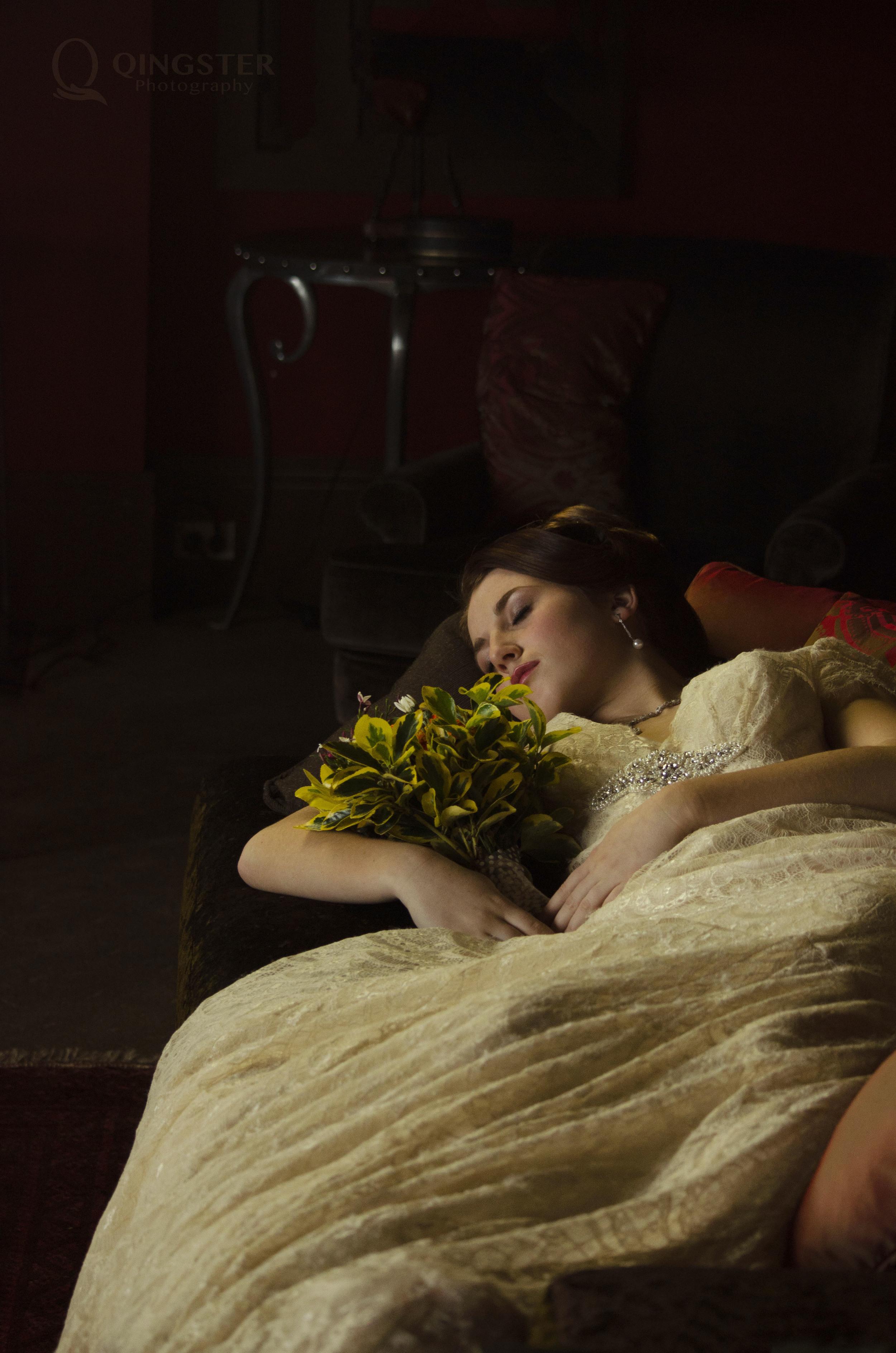 回到鲜花铺满小径的梦中    每个年代的少女    大概都会遇见她的白马王子吧。。。