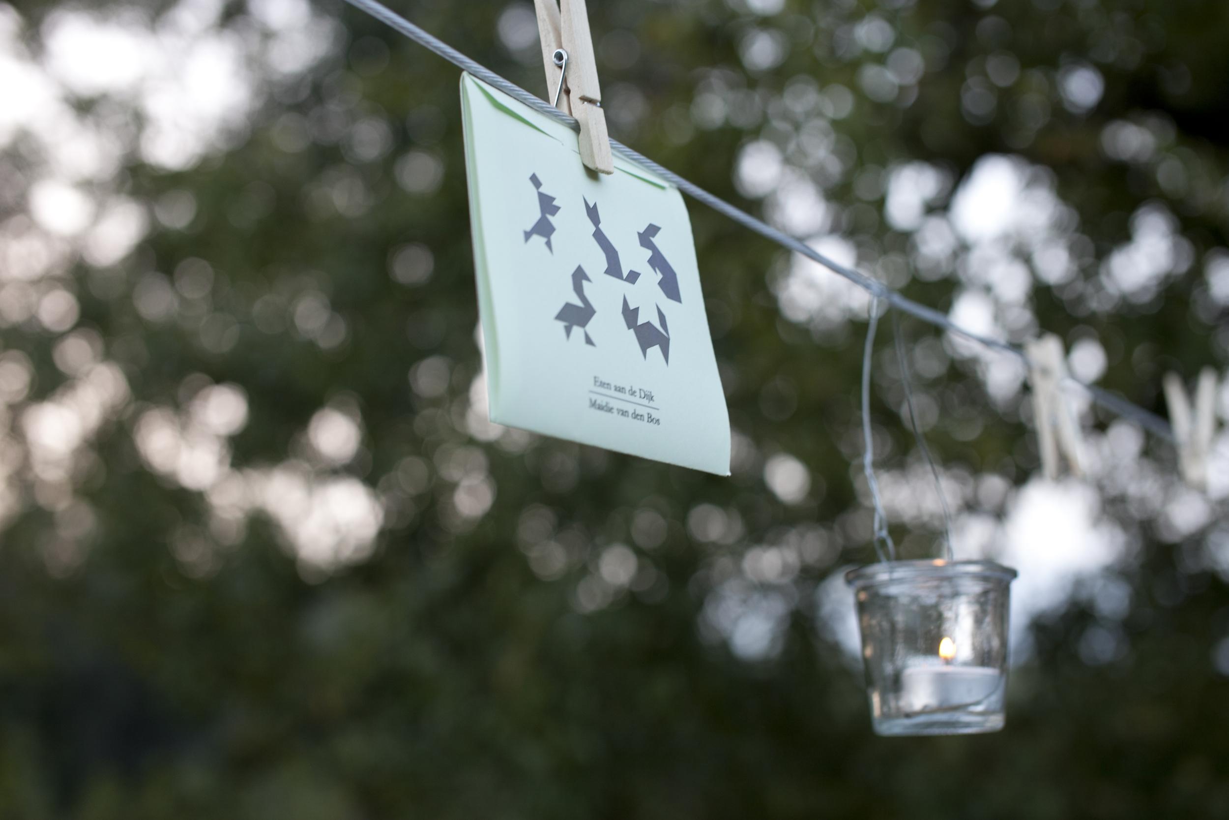 Foto: Melanie Samat. Hier konden de gasten spelen met hun eten: tangram puzzels van fruitleer. Smaken als conference, japanse wijnbes, kweepeer en blauwe bes combineerden fantastisch met de verschillende kazen.