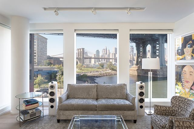 Throwing back to shooting on location in these DUMBO rooms with *the* view #TBT