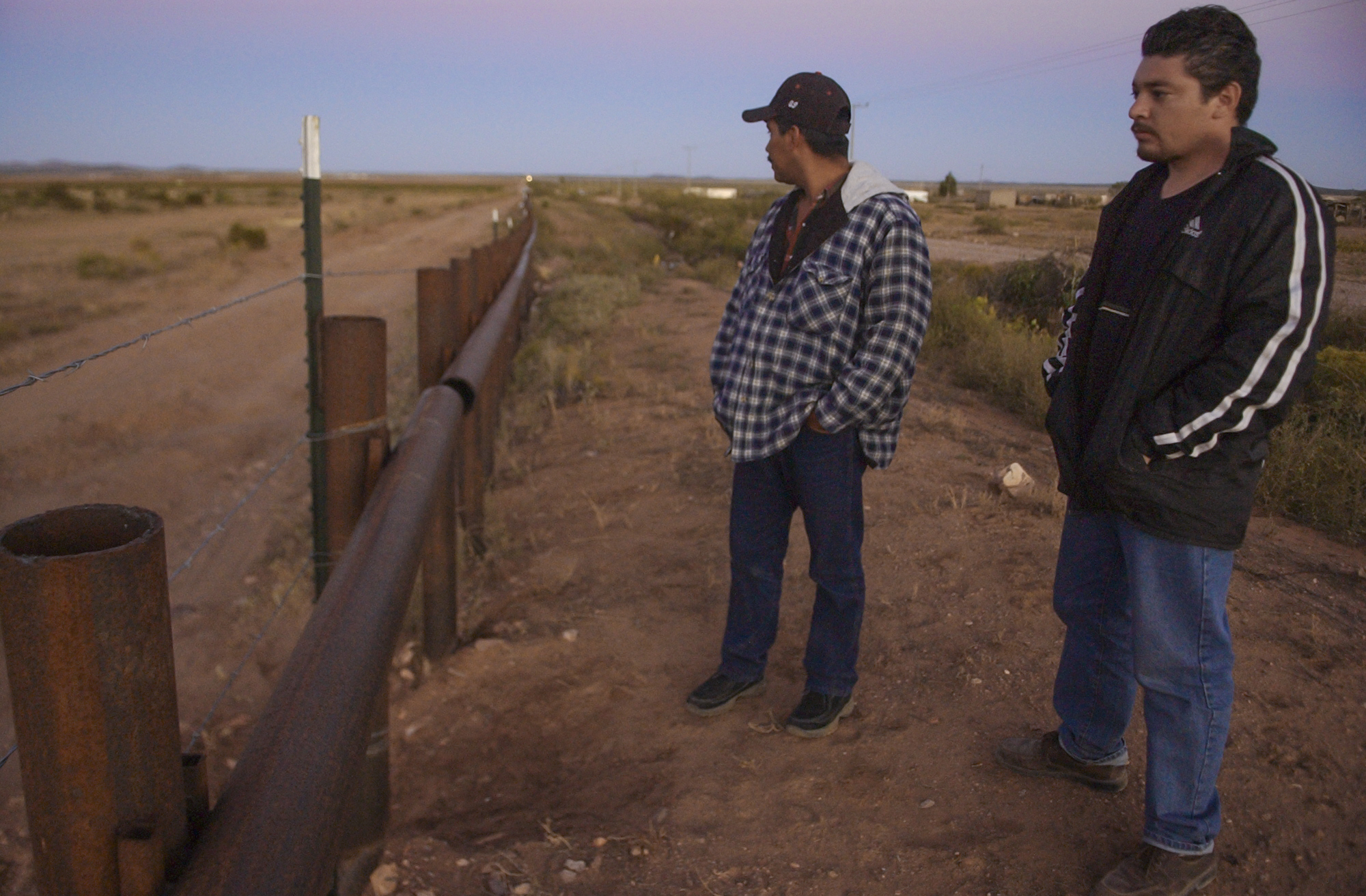 Timing while standing at the border fence.