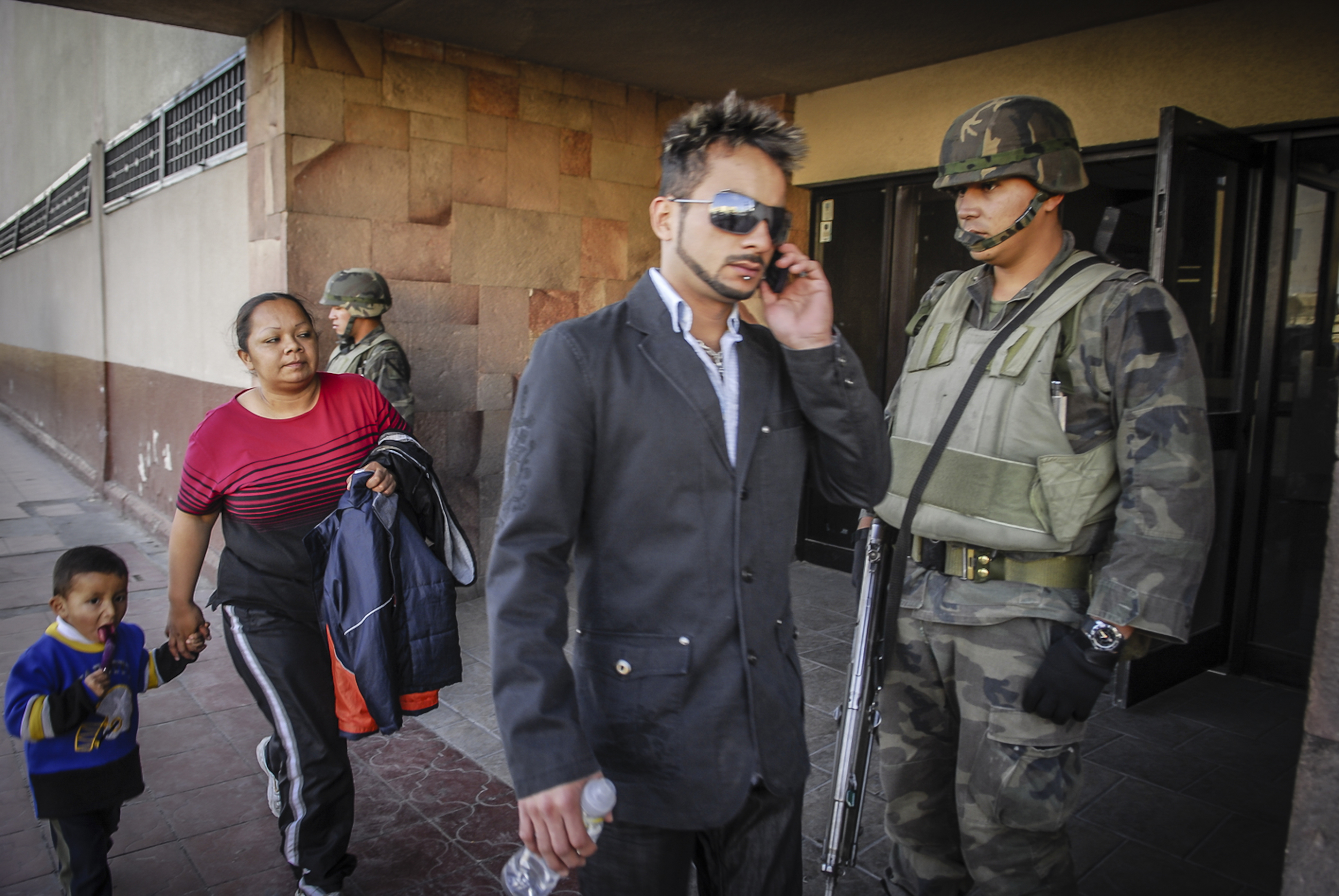 Juarenzes deal with the militarization of their town